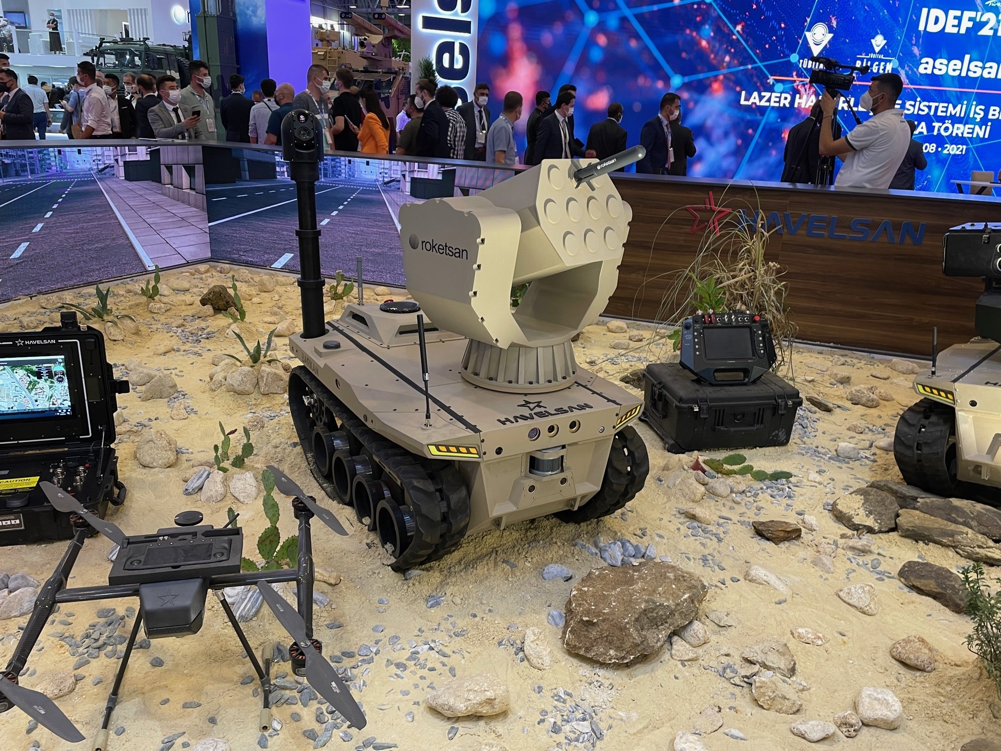 Havelsan's digital troops concept on display at IDEF, Istanbul, Turkey, Aug. 18, 2021. (DHA Photo)