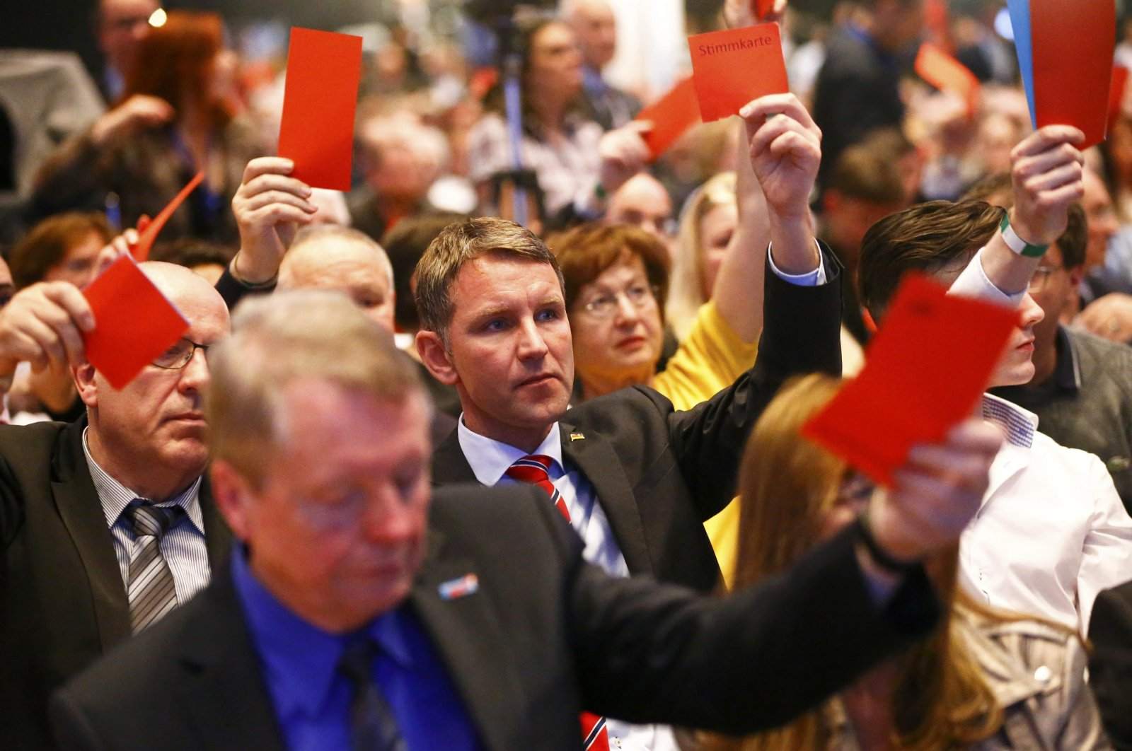 Bjoern Hoecke (C) of the anti-immigration party Alternative for Germany (AfD) party, votes during the AfD congress in Stuttgart, Germany, April 30, 2016. (Reuters Photo)