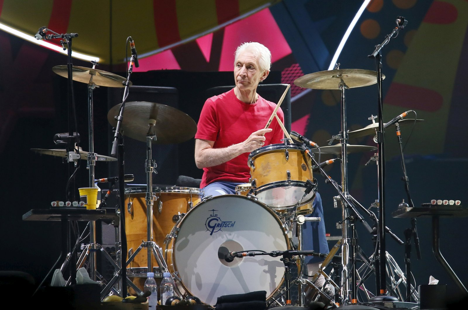 """Charlie Watts, the drummer of British veteran rockers The Rolling Stones, performs with his band members Mick Jagger, Keith Richards, and Ronnie Wood during a concert on their """"Latin America Ole Tour"""" in Santiago, Chile, Feb. 3, 2016. (Reuters Photo)"""