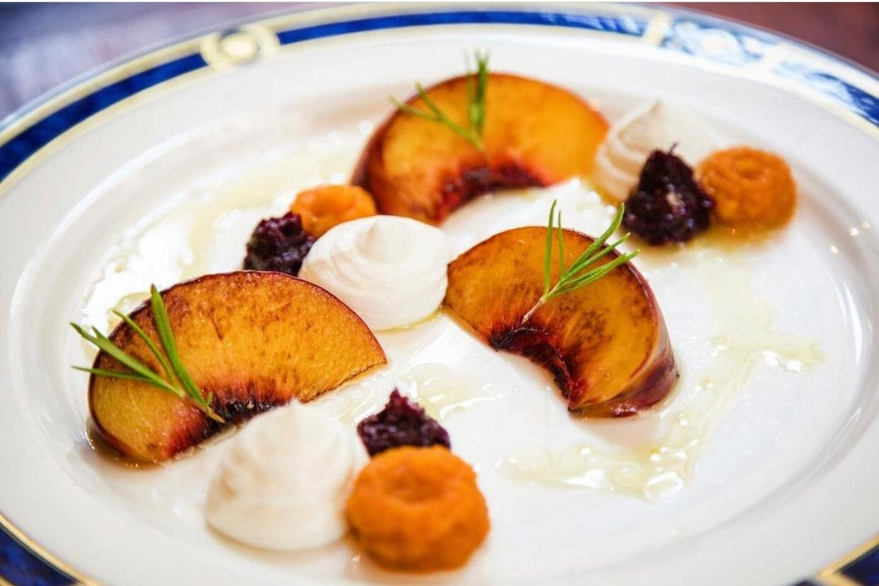 A peach dessert. (Photo from Instagram @mabou.pera)