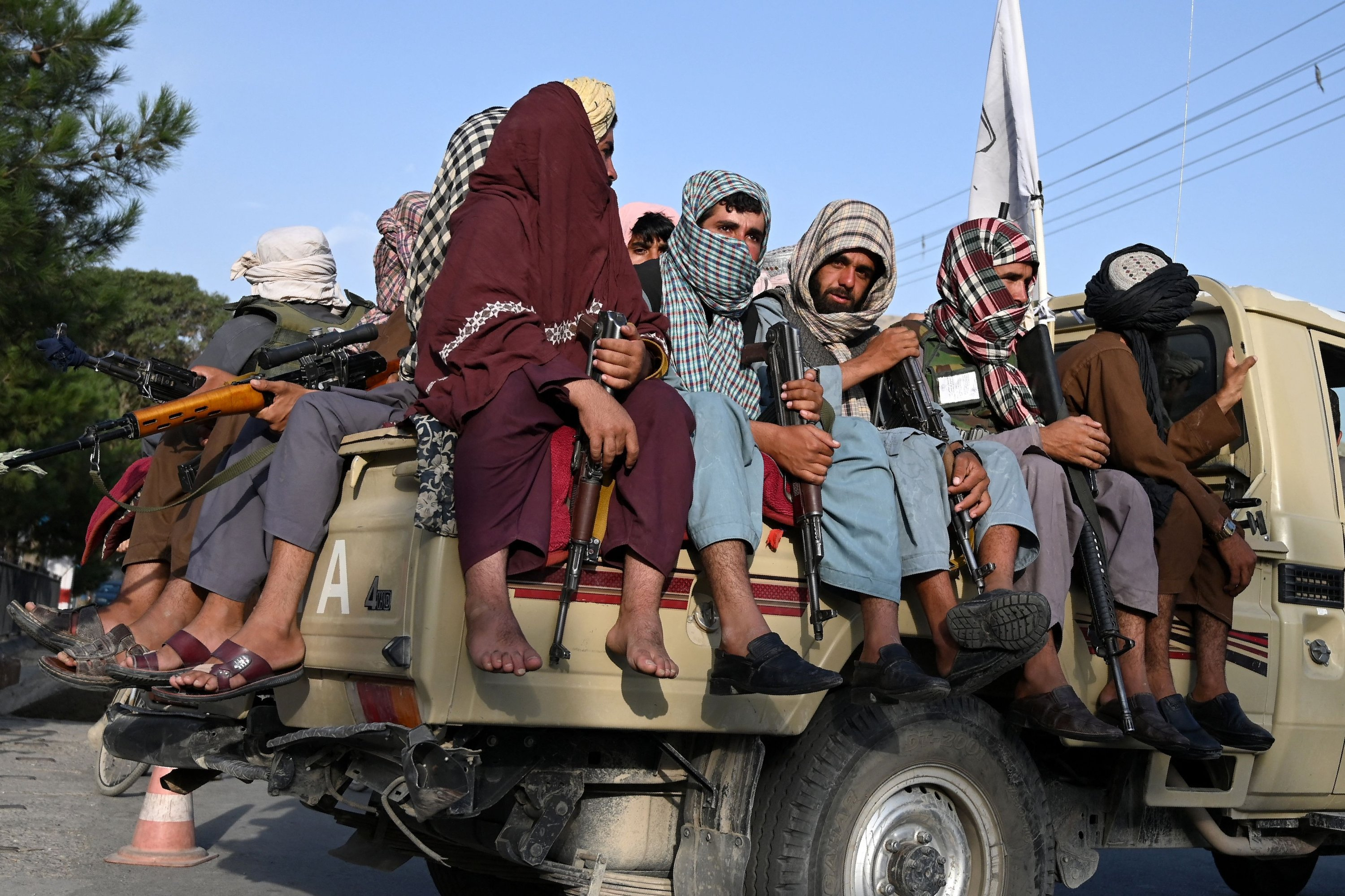 Taliban fighters in a vehicle patrol the streets of Kabul, Afghanistan, Aug. 23, 2021. (AFP Photo)