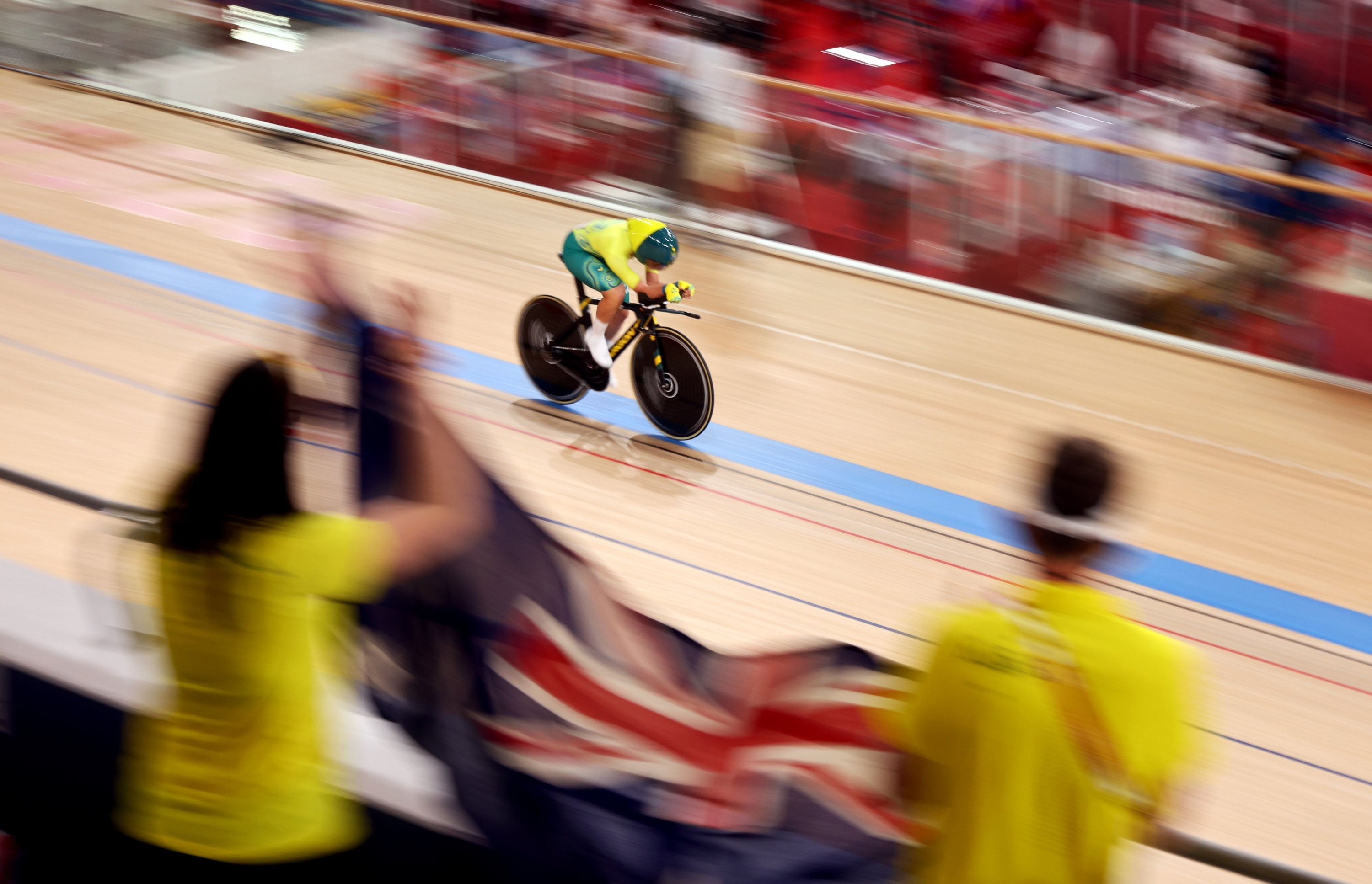 Australia's Paige Greco sets a new world record in the Tokyo 2020 Paralympic Games track cycling women's 3000-meter Individual Pursuit Qualifying at the Izu Velodrome, Shizuoka, Japan, Aug. 25, 2021. (Reuters Photo)