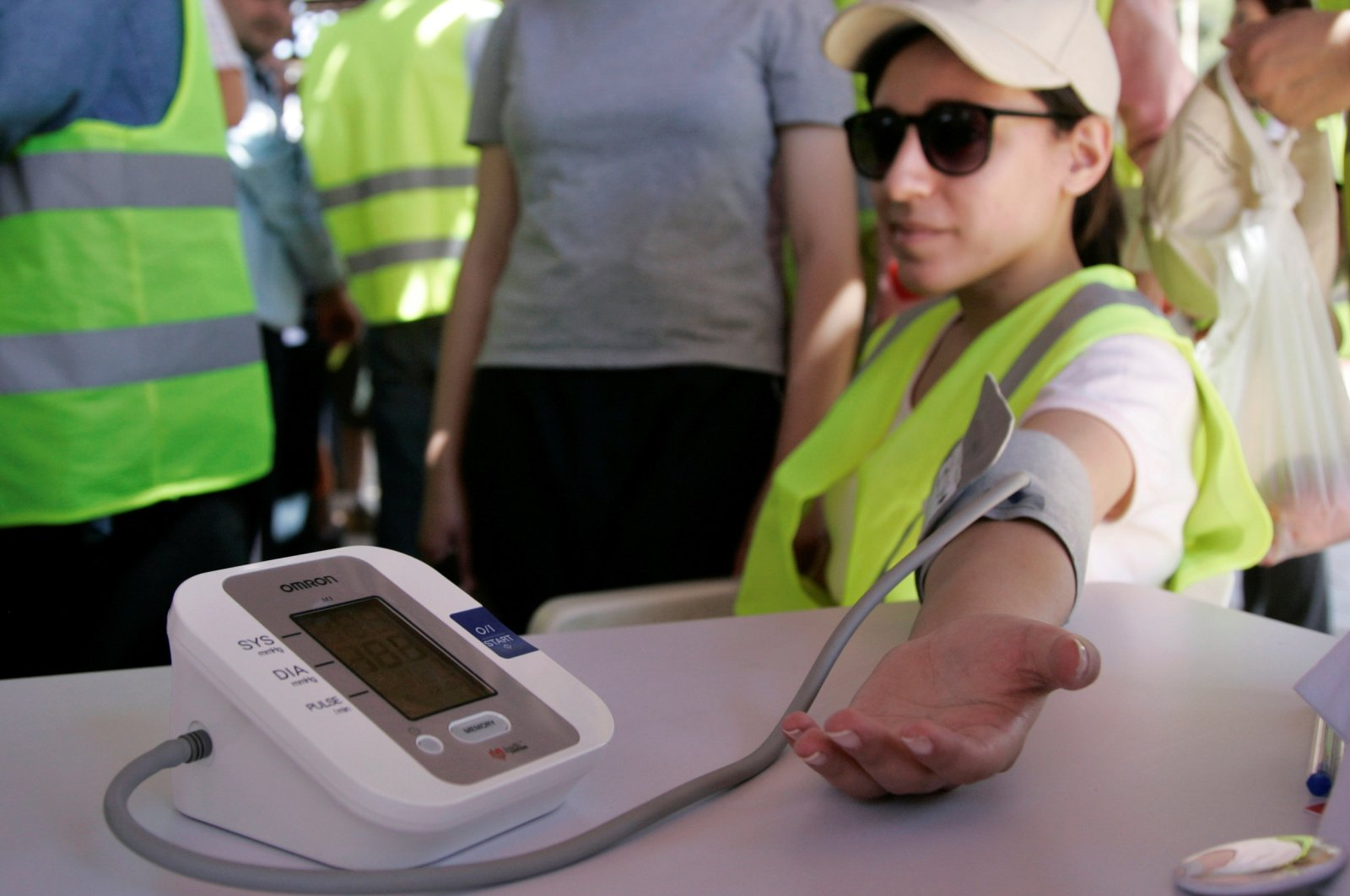 A woman has her blood pressure taken at a World Hypertension Day event in Amman, Jordan, May 14, 2010. (Reuters Photo)