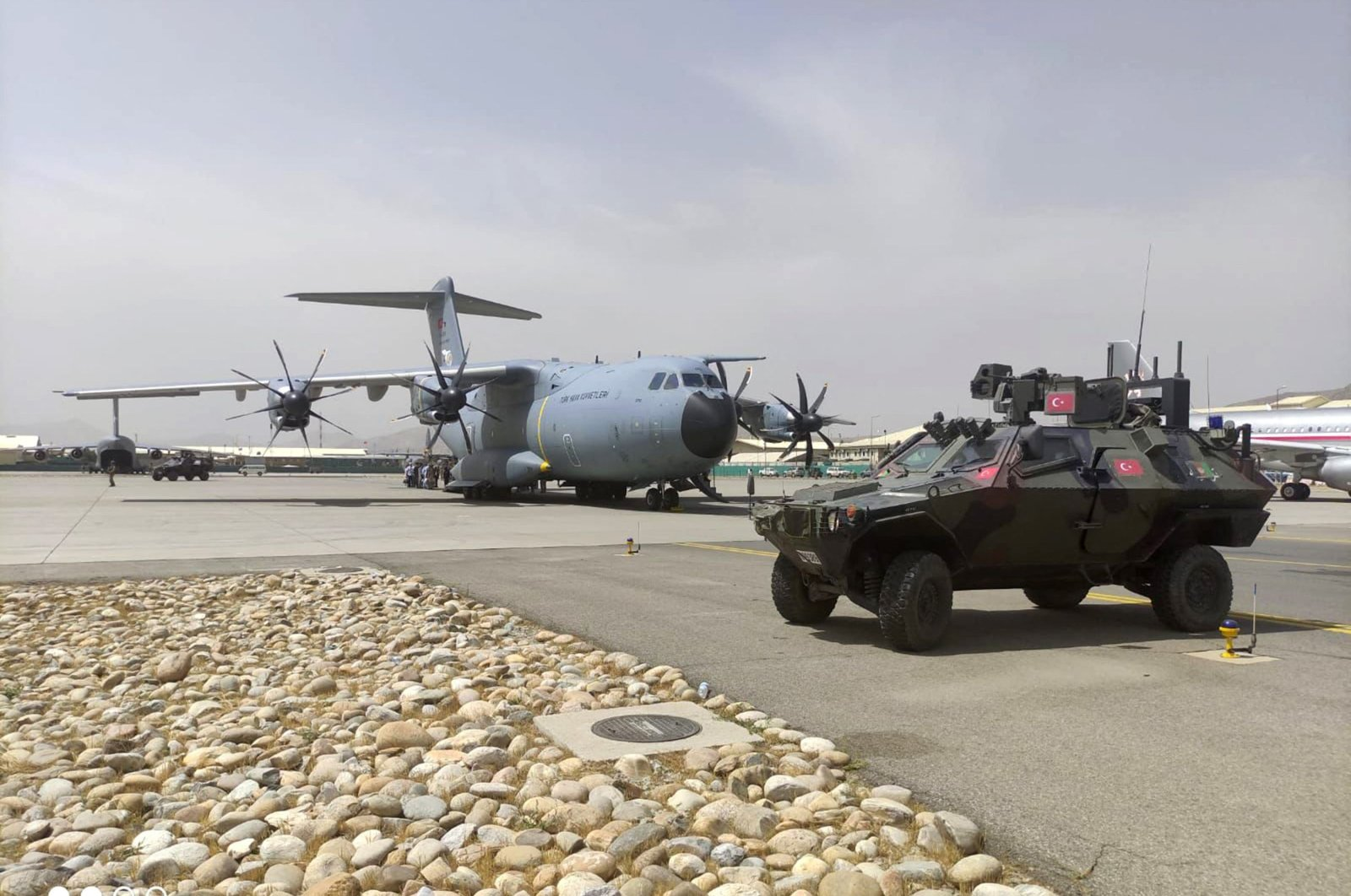 An A400 M type transport aircraft of the Turkish Air Forces during the evacuation of Turkish citizens at Kabul Hamid Karzai International Airport, Afghanistan, Aug. 18, 2021. (Turkish Defence Ministery via AFP)