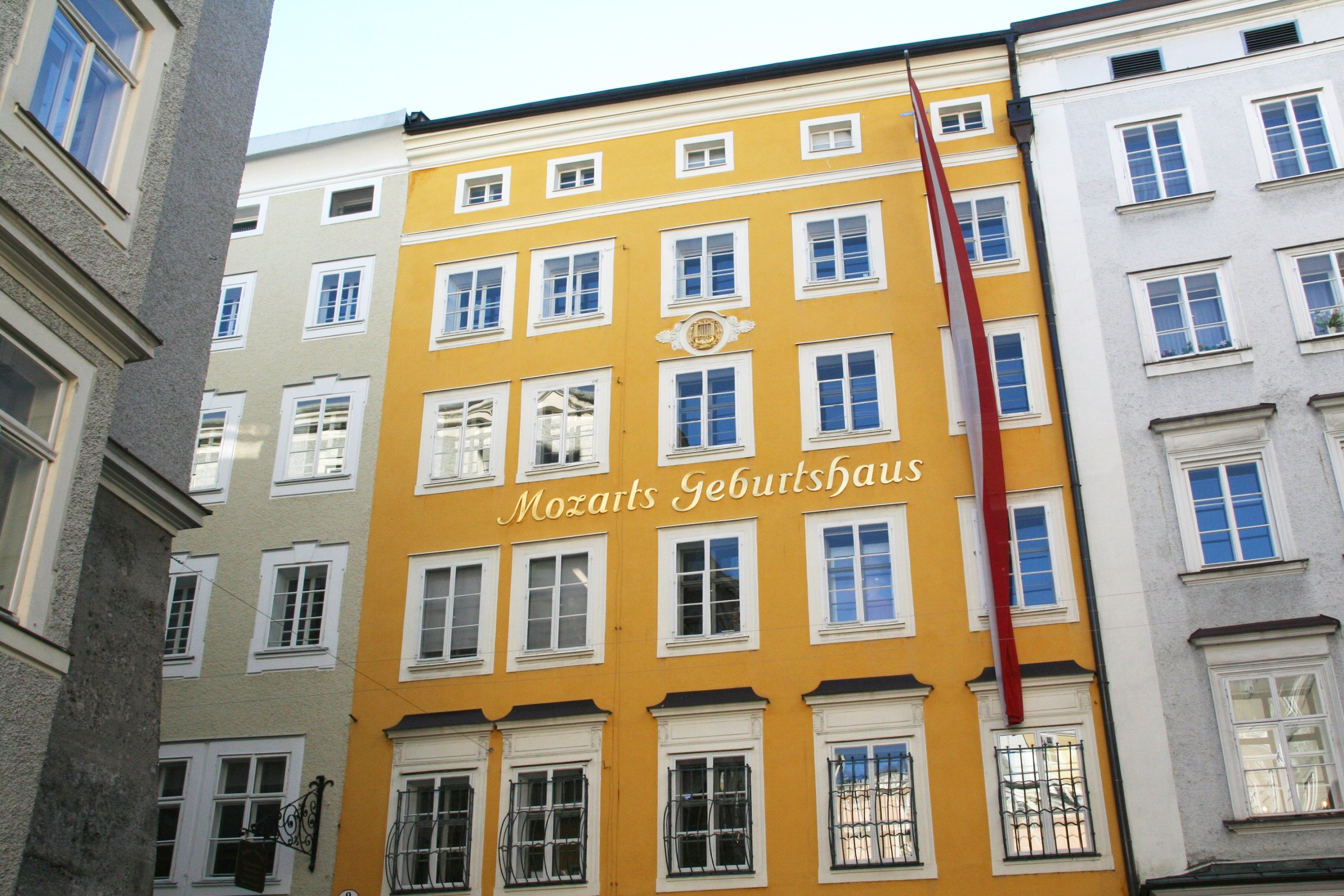 The birthplace of music prodigy Wolfgang Amadeus Mozart stands in the old town of Salzburg. Today, the house is one of the most visited museums in Austria. (Photo by Lothar Ferstl via dpa)
