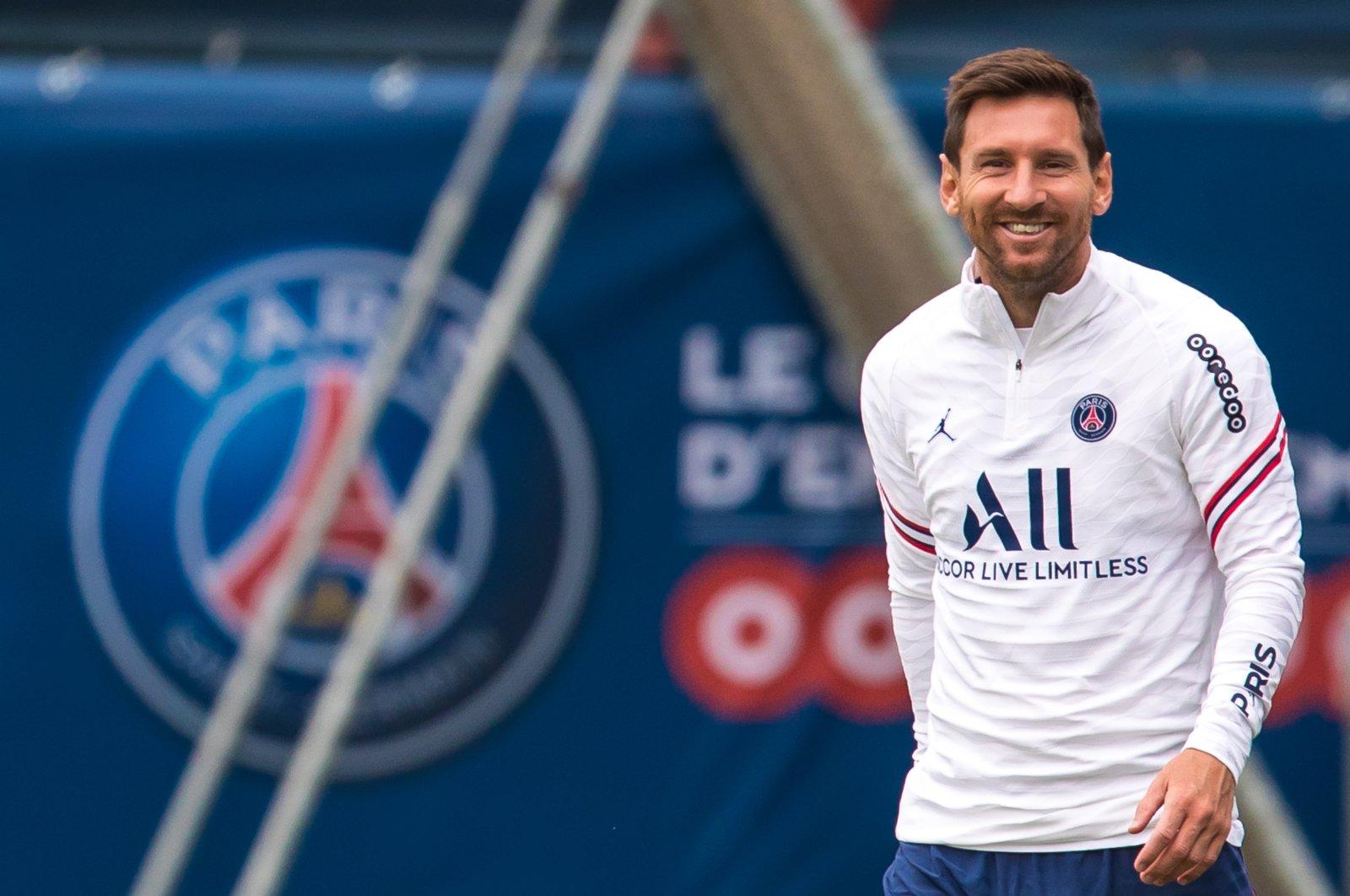PSG's Lionel Messi during a training session at the Camp des Loges sports complex near Paris, France, Aug. 19, 2021. (EPA Photo)