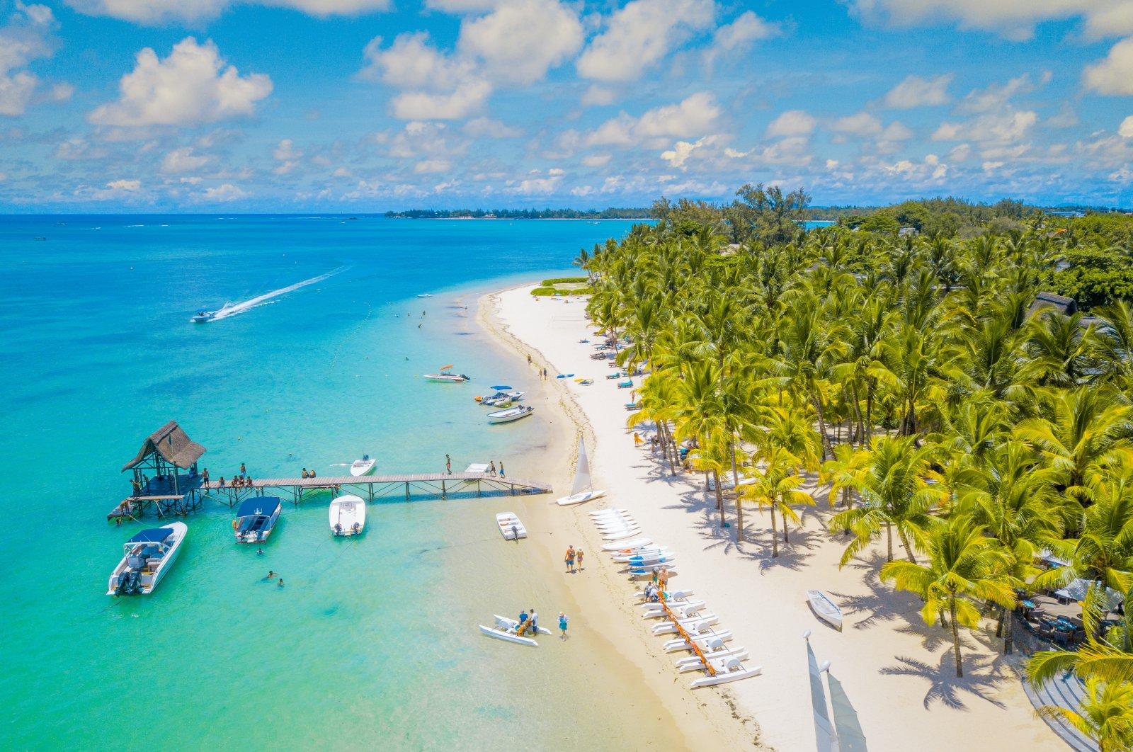 Aerial view of a beautiful beach in Mauritius. (Shutterstock Photo)