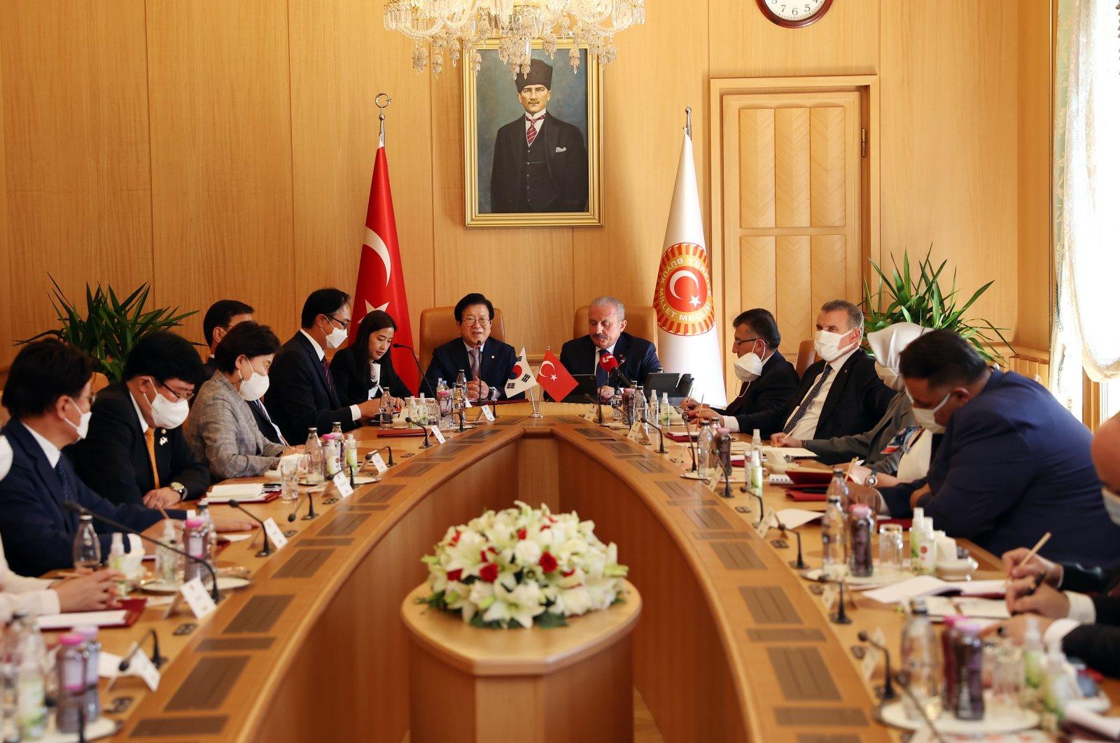 South Korean National Assembly Speaker Park Byeong-seug (C-L) and his Turkish counterpart Mustafa Şentop (C-R) hold talks in Ankara, Turkey, Aug. 17, 2021. (National Assembly of South Korea via EPA)