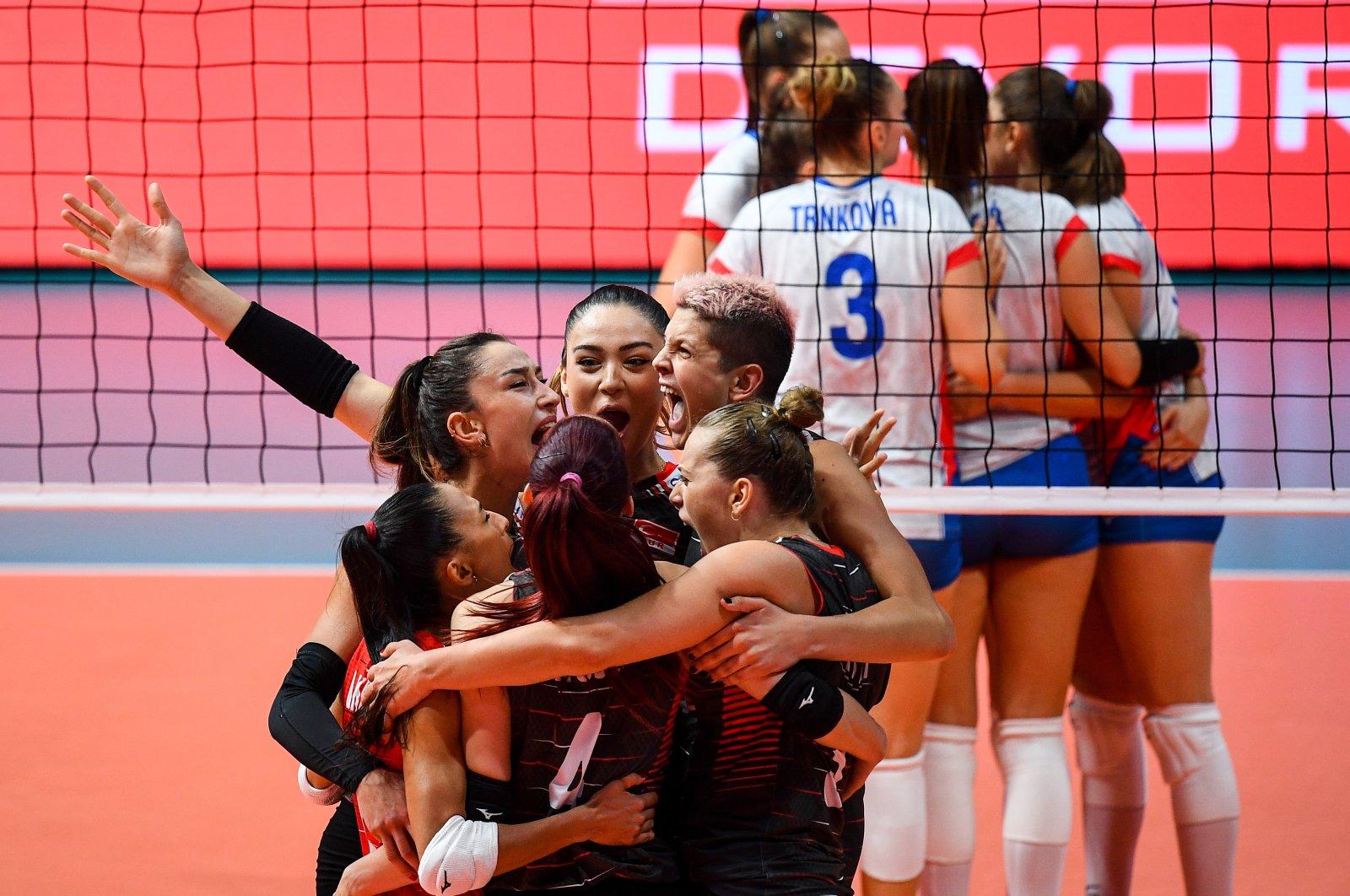 Turkey's national women's volleyball team at the Kolodruma Sports Hall in Plovdiv, Bulgaria, Sunday, Aug. 29, 2021. (AA Photo)
