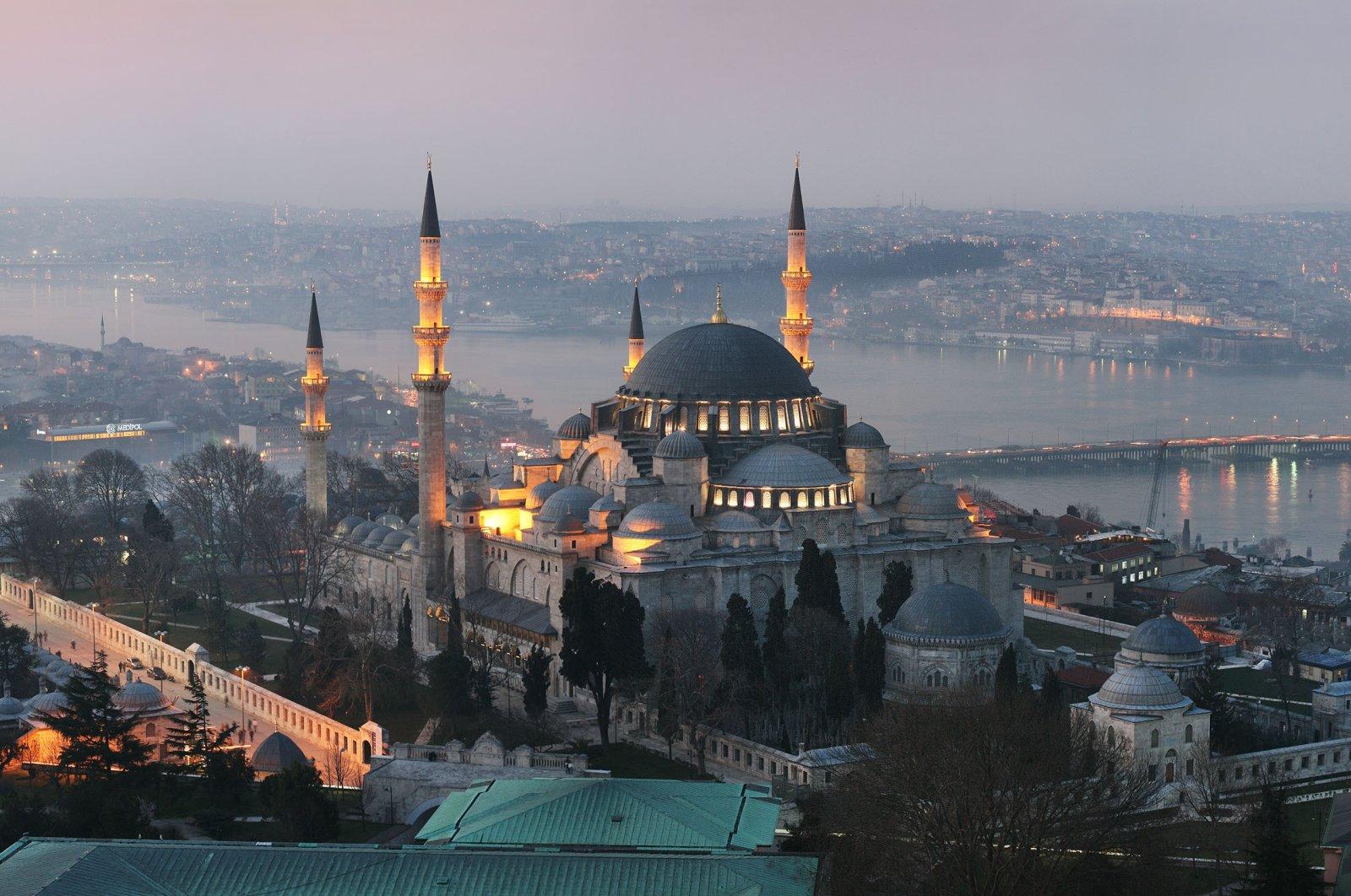 Süleymaniye Mosque, Istanbul, Turkey. (Shutterstock Photo)