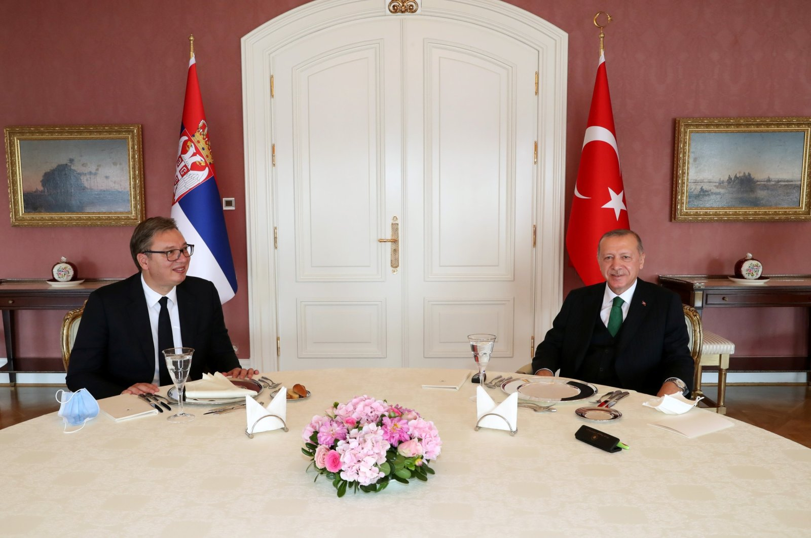 President Recep Tayyip Erdoğan (R) meets with his Serbian counterpart Aleksandar Vucic in Istanbul, Turkey, Sept. 25, 2020. (Reuters Photo)