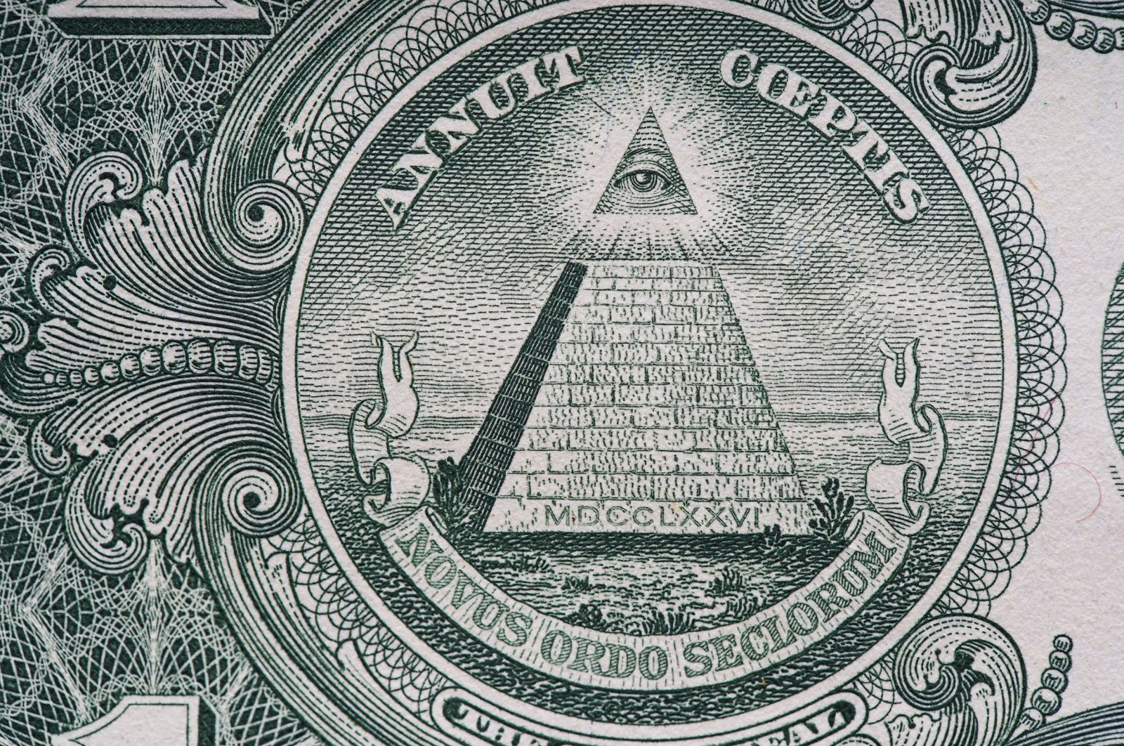 """The All-seeing eye and the slogan """"Novus Ordo Seclorum."""" (Shutterstock Photo)"""