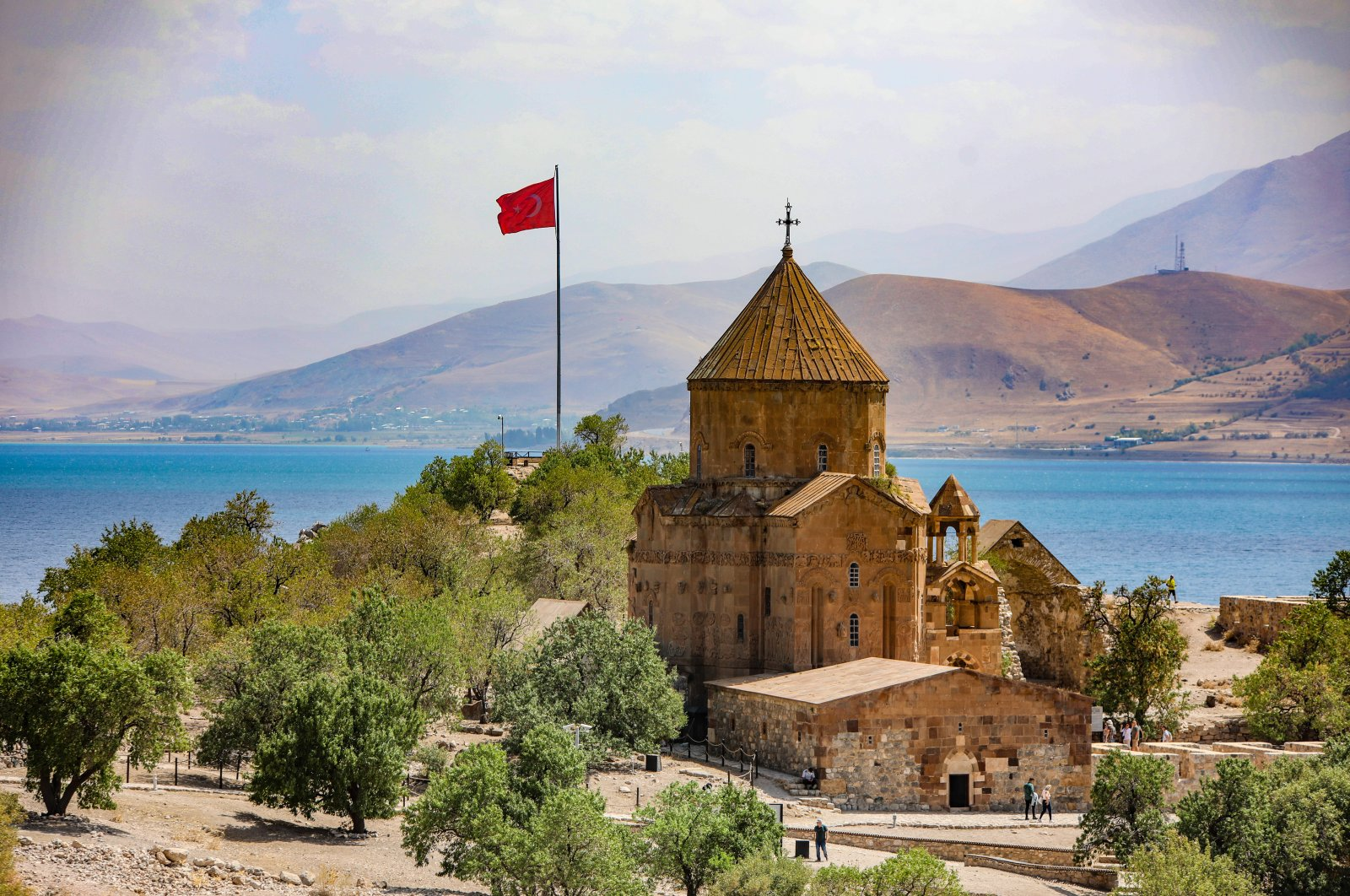 The Cathedral of the Holy Cross on Akdamar Island in Lake Van, eastern Turkey, Sept. 3, 2021. (AA Photo)