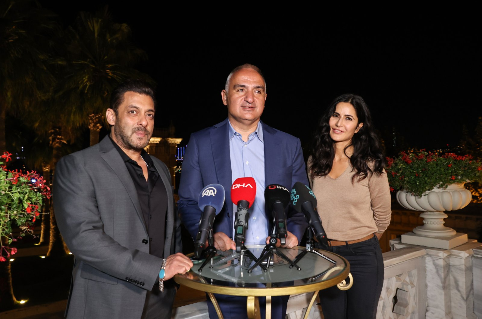Culture and Tourism Minister Mehmet Nuri Ersoy (C) meets with Indian actors Katrina Kaif (R) and Salman Khan (L) at Çırağan Palace in Istanbul, Turkey, Sept. 3, 2021. (AA Photo)