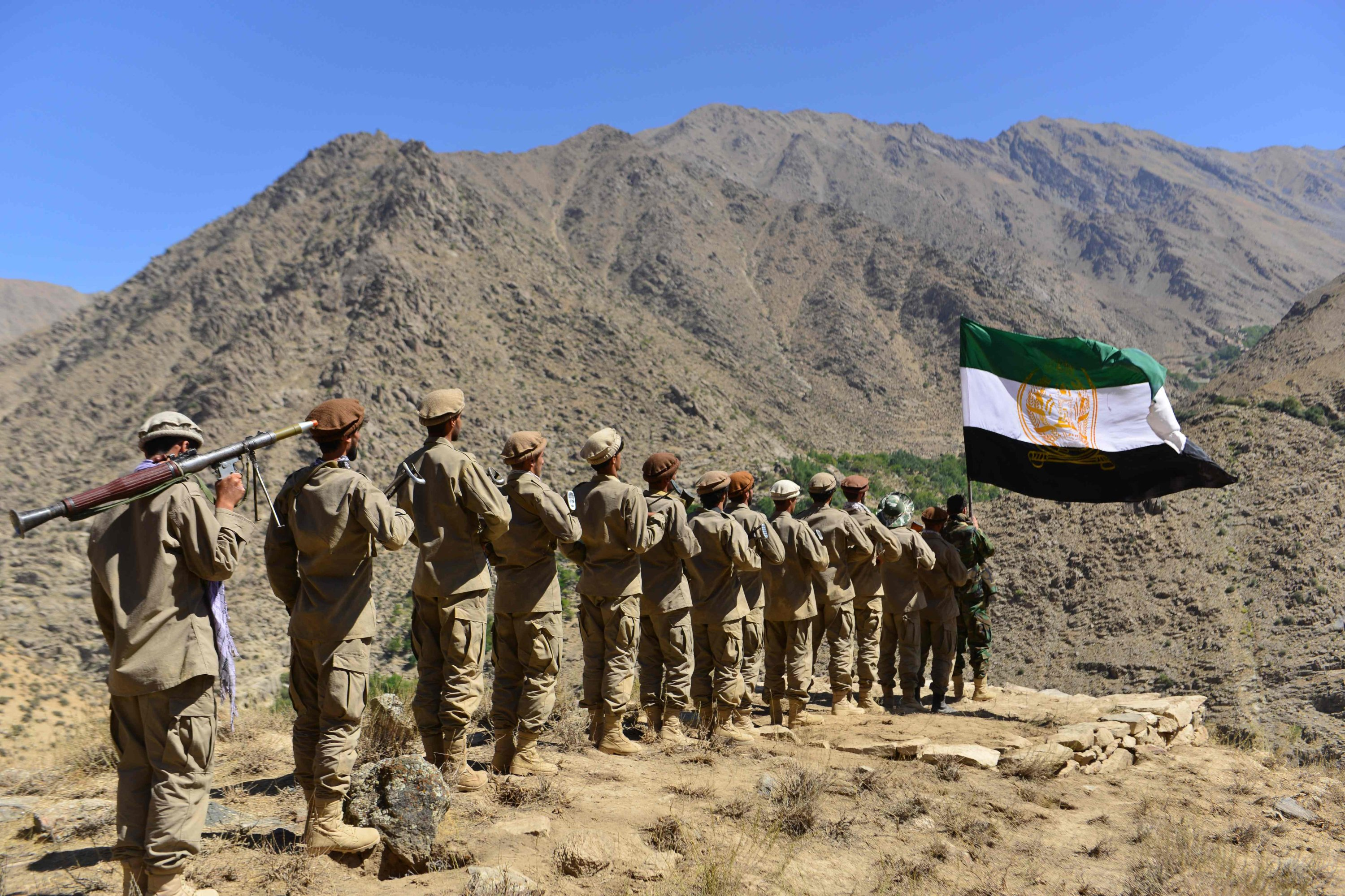 Afghan resistance movement and anti-Taliban uprising forces take part in military training at the Malimah area of Dara district in Panjshir province, Afghanistan, Sept. 2, 2021. (AFP Photo)