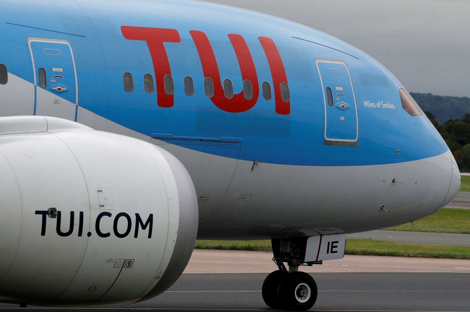A TUI Boeing 787-8 Dreamliner prepares to take off from Manchester Airport, U.K., Sept. 4, 2018. (Reuters Photo)