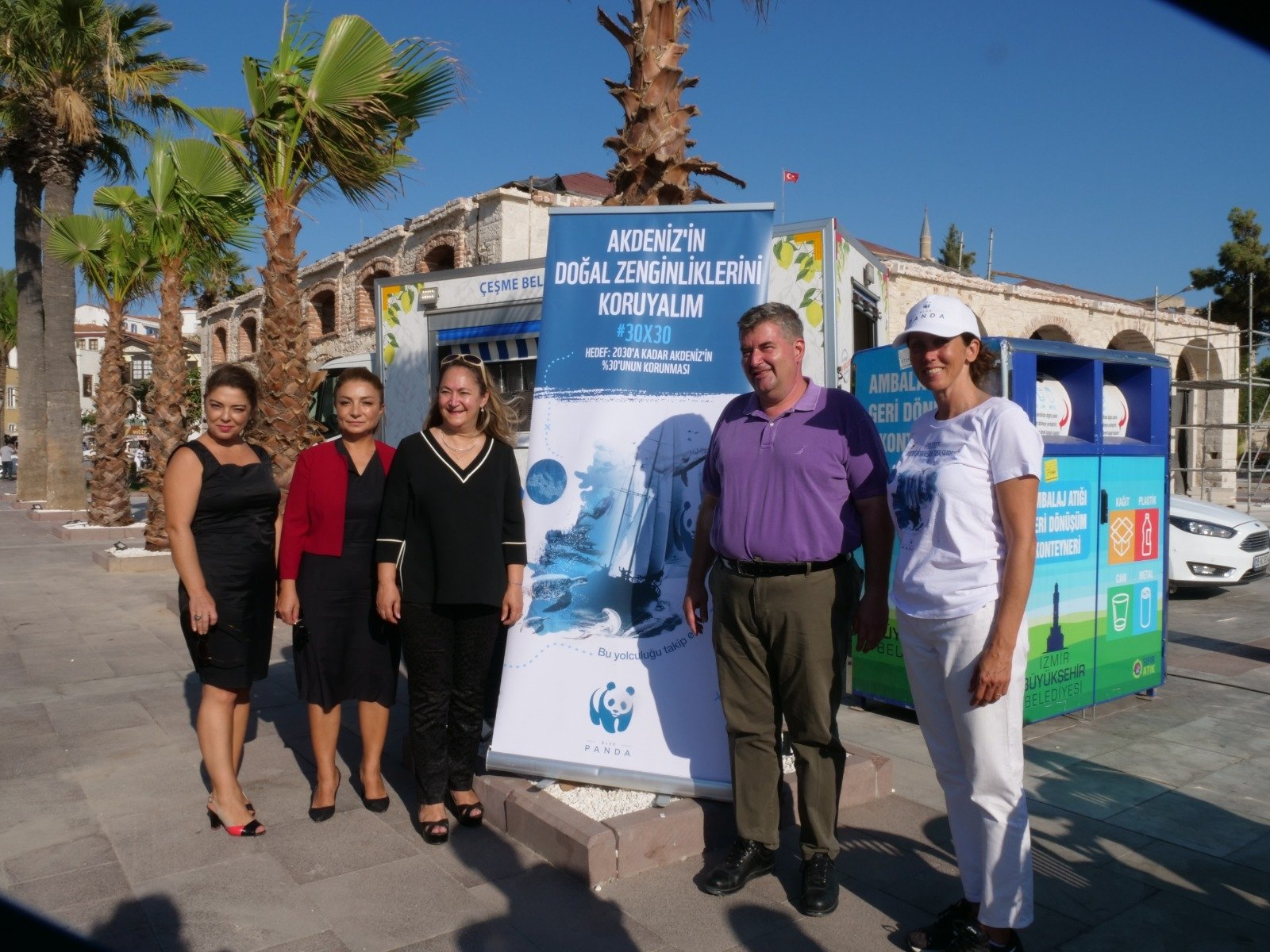 Çeşme Mayor MuammerEkrem Oran announced the Izmir district's new action plan for fighting plastic waste.