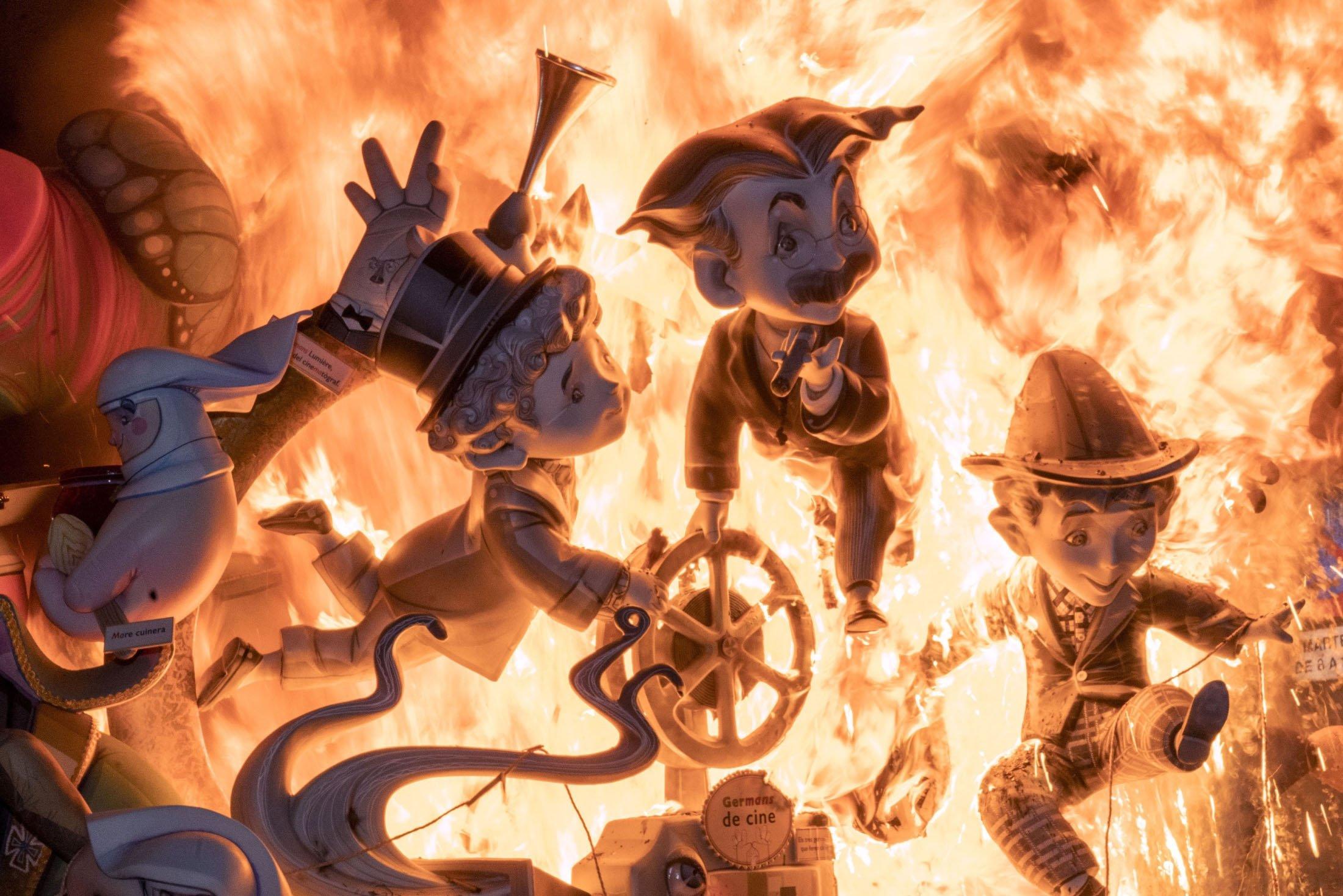 A falla burns during the traditional Fallas festival in Valencia, Spain, Sept. 5, 2021. (AFP Photo)