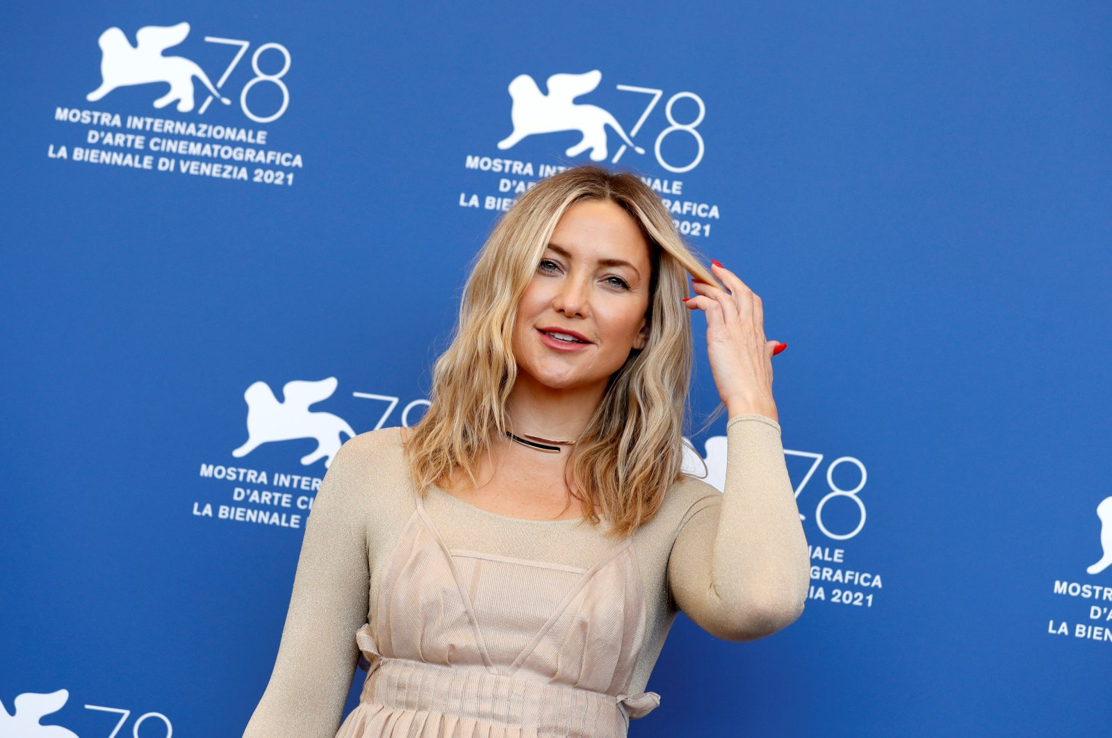"""Kate Hudson poses during a photocall for the film""""Mona Lisa And The Blood Moon"""" at the78th Venice Film Festival in Venice, Italy, Sept. 5, 2021. (Reuters Photo)"""