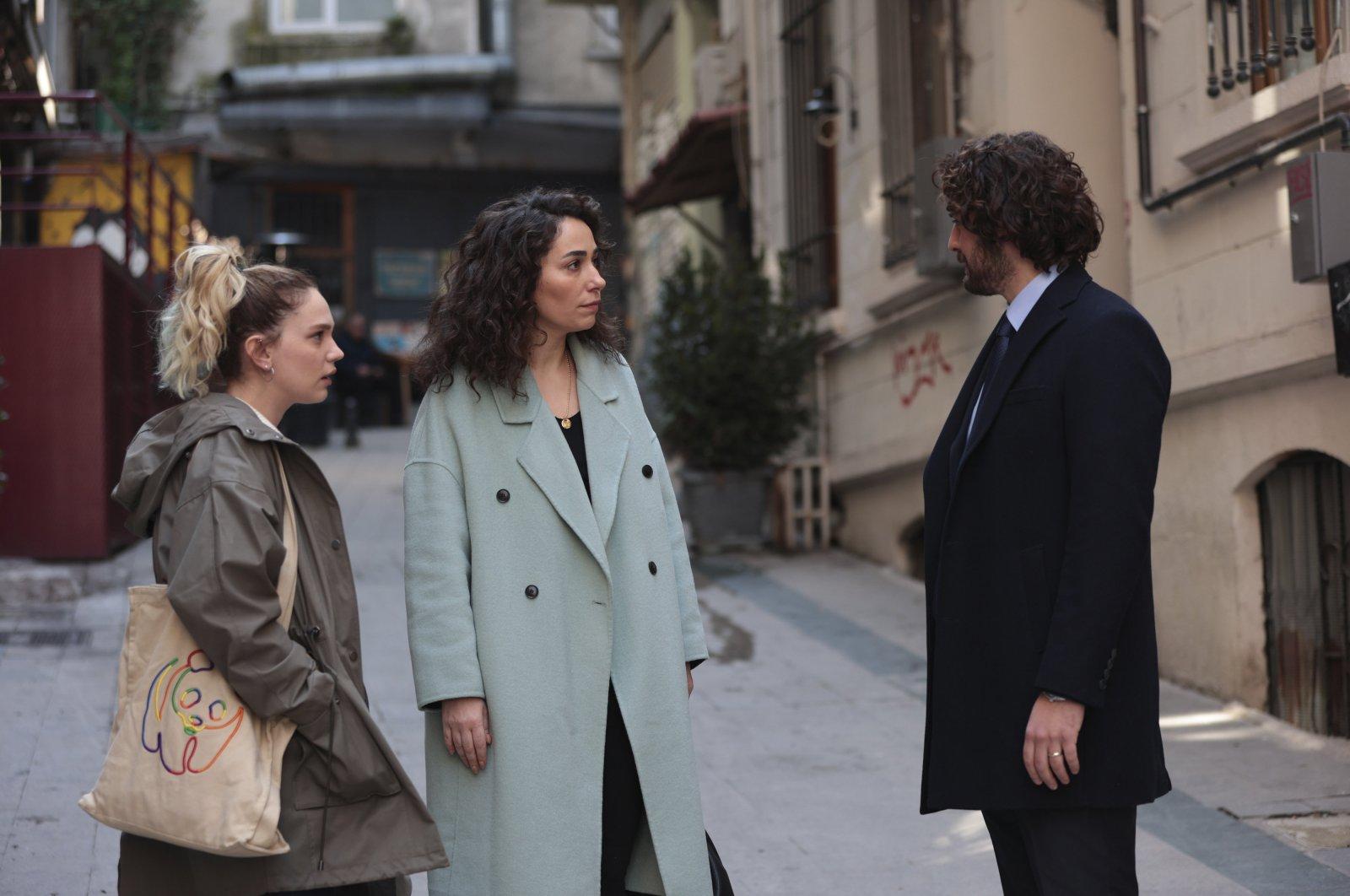 "A screengrab from the Turkish TV series, ""Masumlar Apartmanı."""