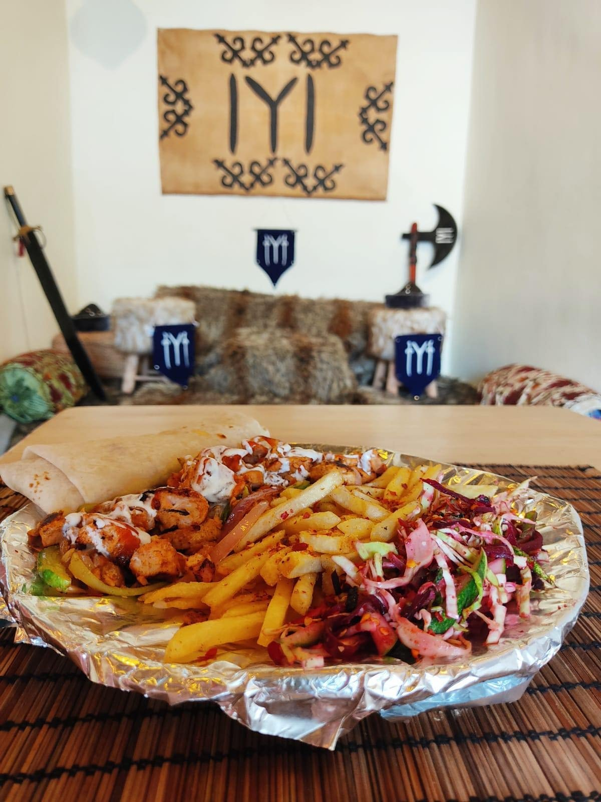 Chicken shish is served in Kardeşler - The Kashmir Café. (Photo Courtesy of Shadab Chashoo)