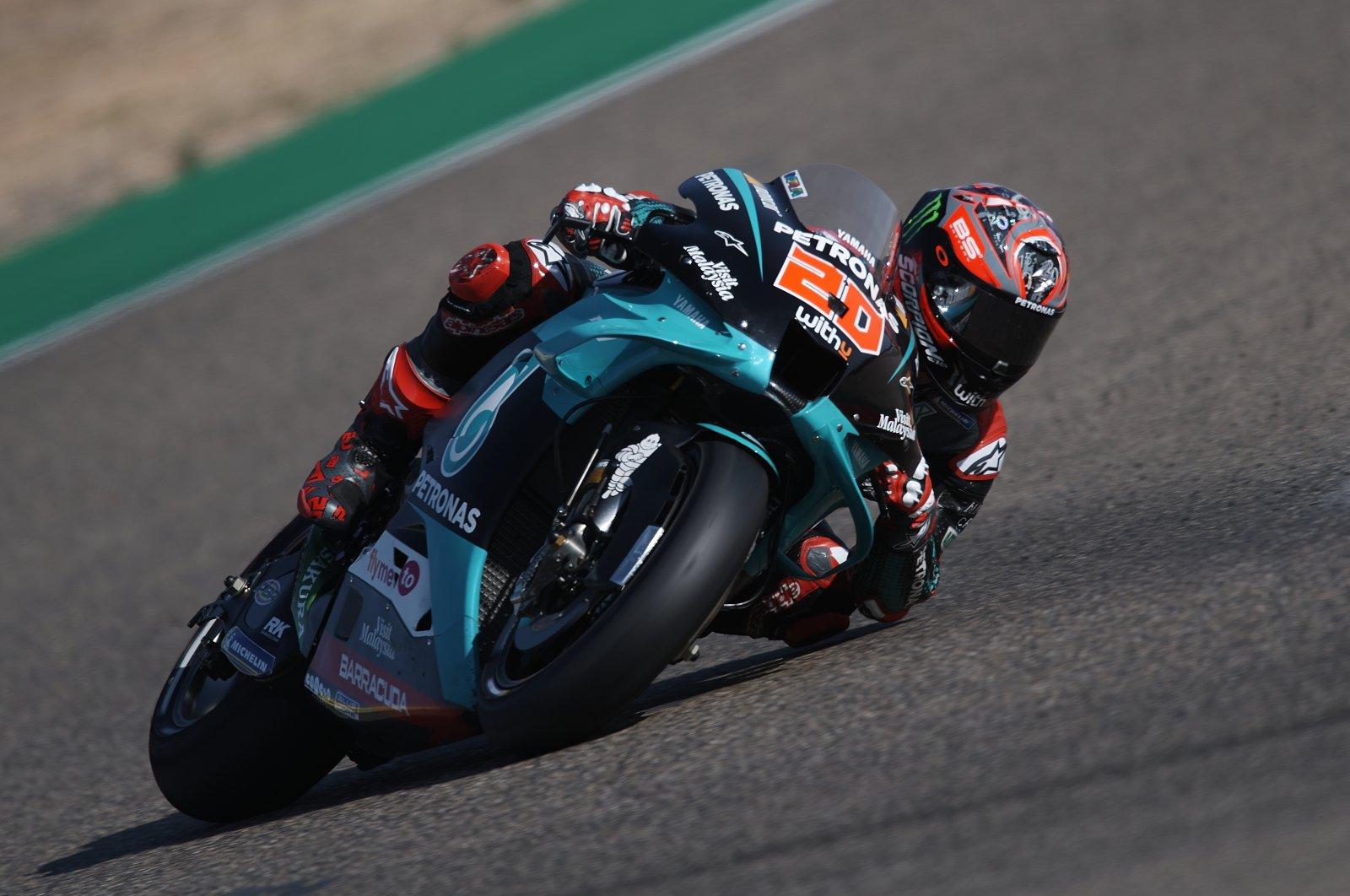 Fabio Quartararo races during the Aragon MotoGP in Alcaniz, Spain, Oct. 18, 2020. (REUTERS PHOTO)