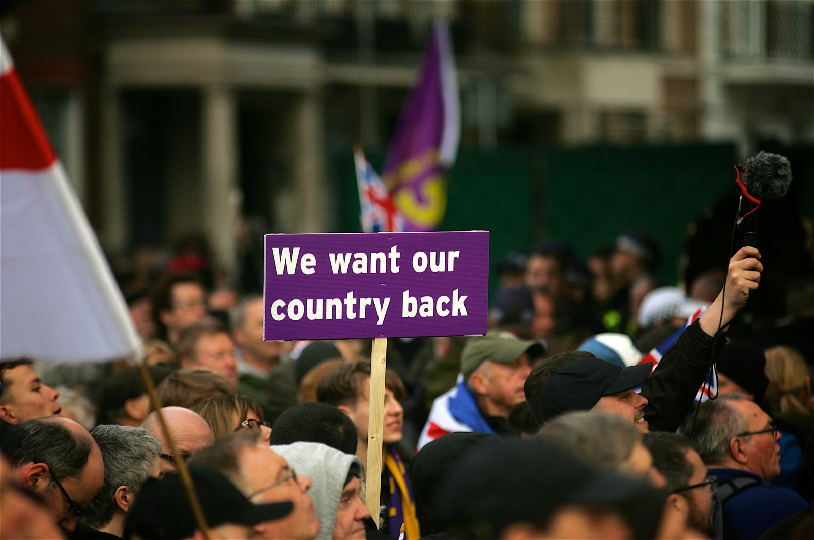 UKIP supporters join Gerard Batten and Tommy Robinson on the Brexit rally organized by U.K. Independence Party, London, U.K., Sept. 12, 2018. (Shutterstock Photo)