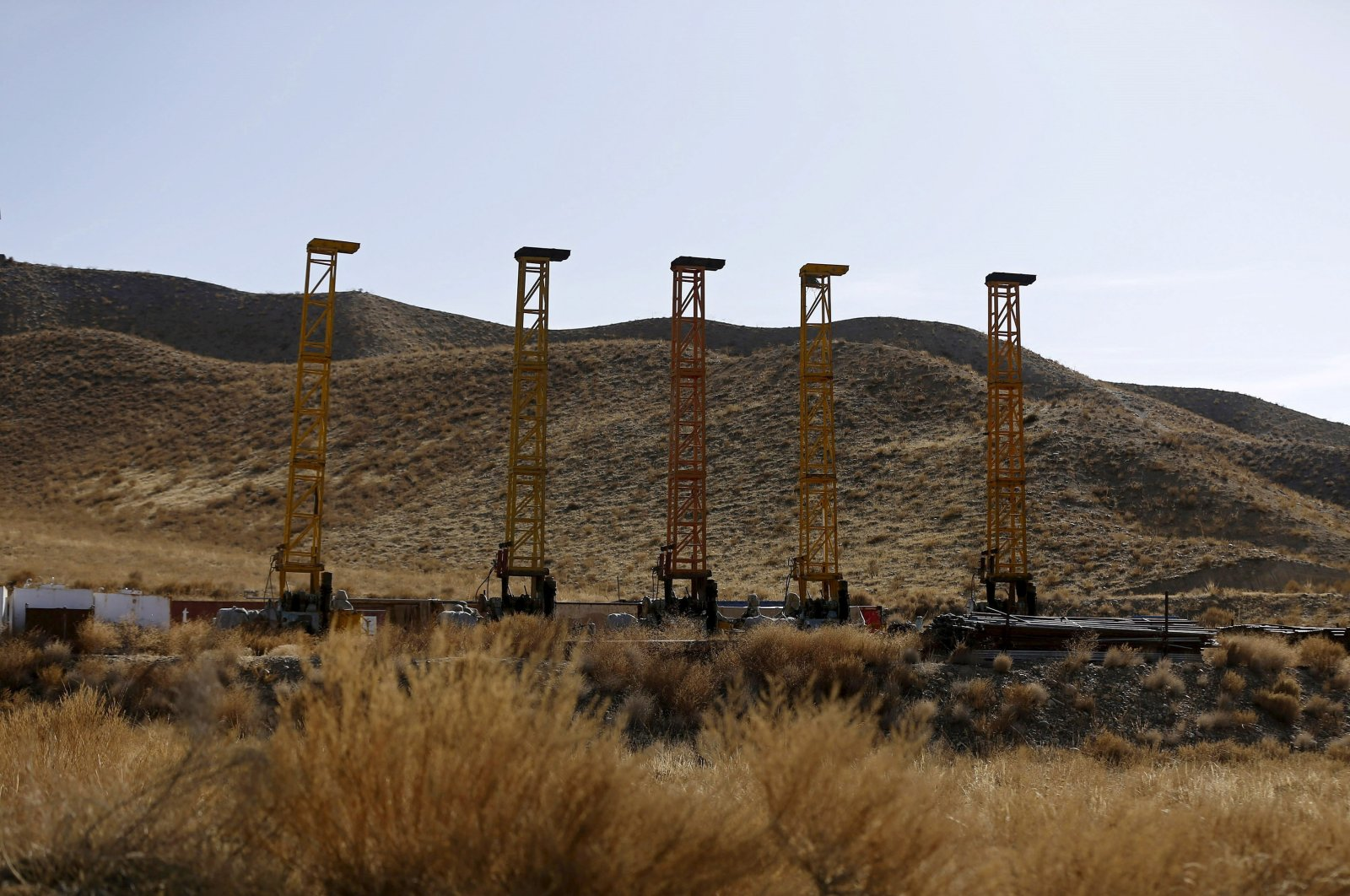 Equipment and machines installed by Chinese excavators are seen near a copper mine in Mes Aynak, Logar province, Afghanistan, Feb. 14, 2015. (Reuters Photo)