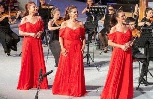 The Three Sopranos consist of Funda Ateşoğlu (L), Çiğdem Önol (C) and Esin Talınlı. (AA Photo)