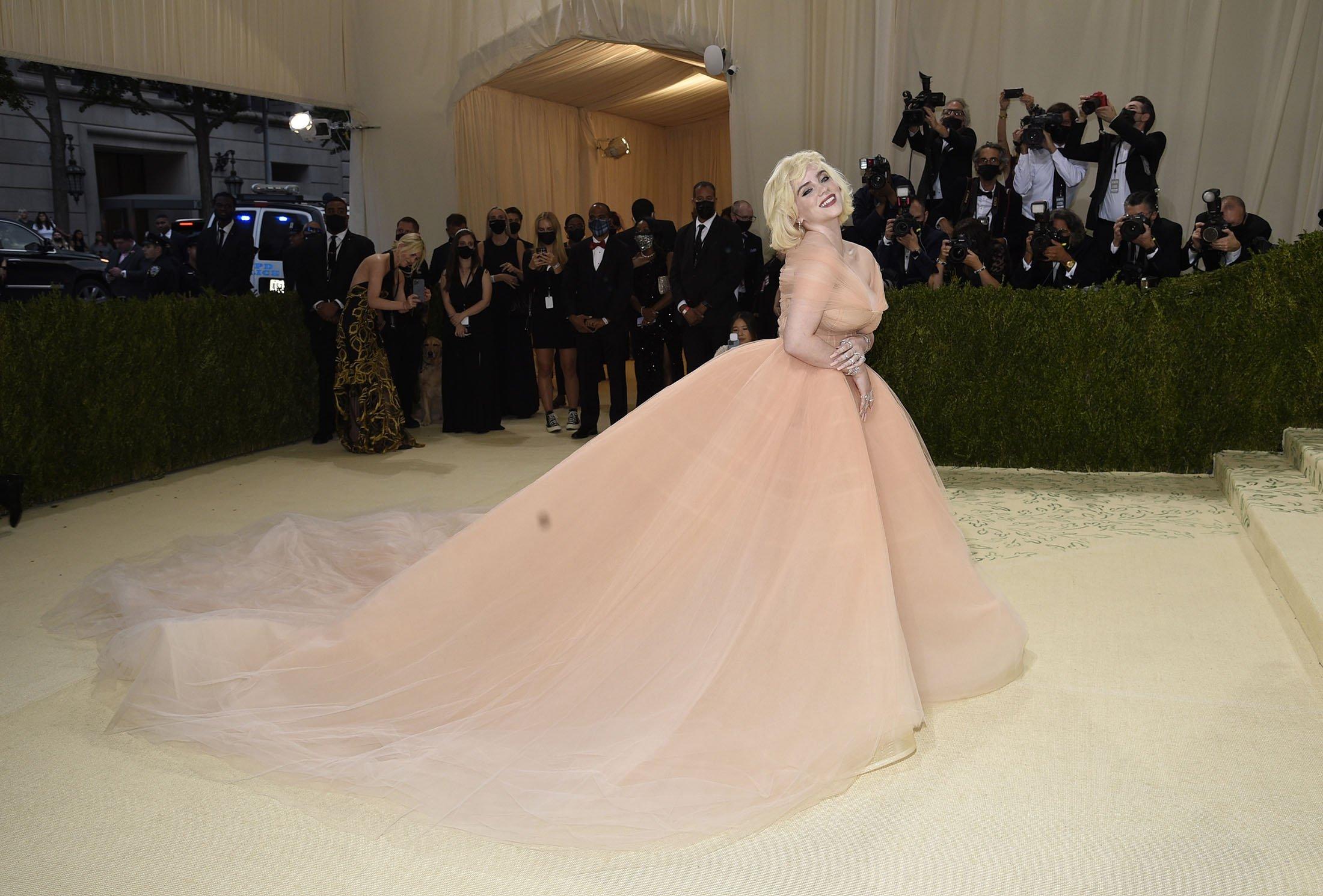 Billie Eilish arrives for the 2021 Met Gala at the Metropolitan Museum of Art, in New York, U.S., Sept. 13, 2021. (AP Photo)