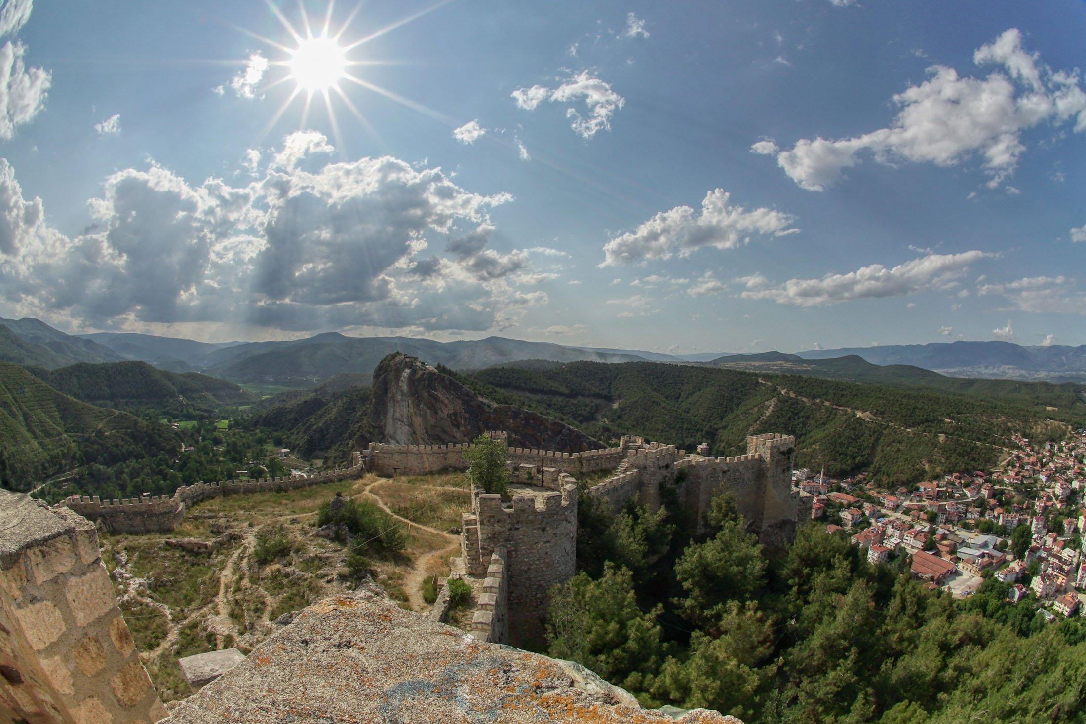 Boyabat Castle in the Boyabat district of Sinop, Turkey. (Shutterstock Photo)