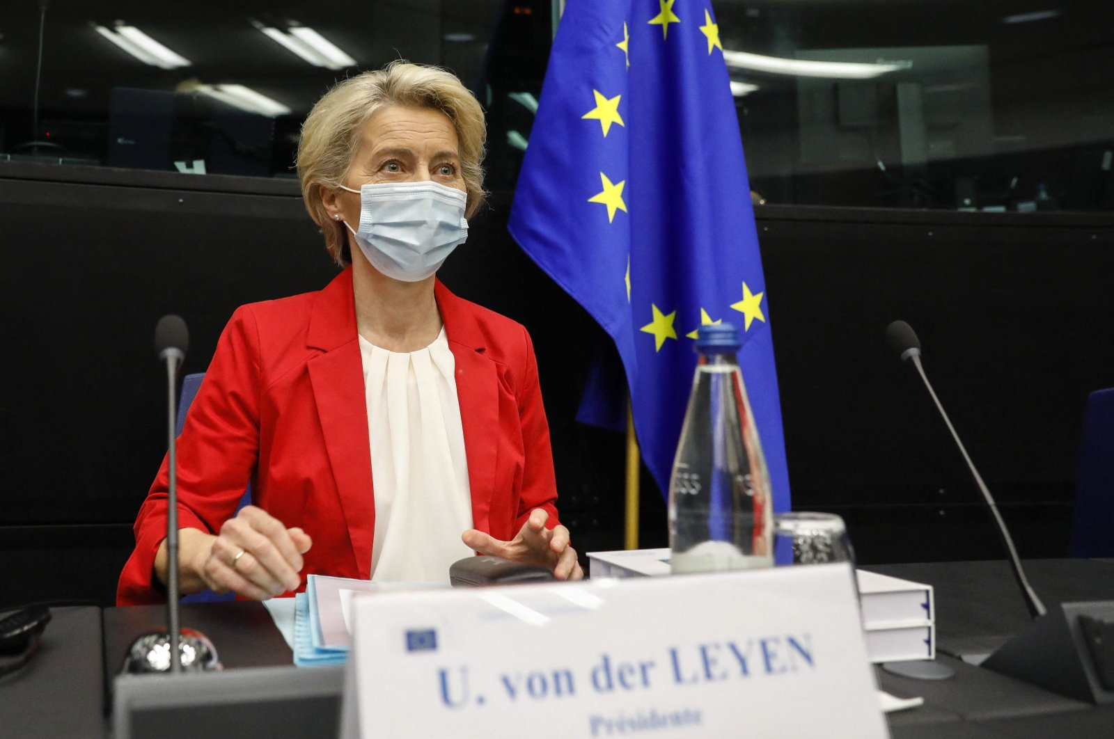 European Commission President Ursula von der Leyen, wearing a mask, poses prior to the start of the meeting of the College of Commissioners at the European Parliament in Strasbourg, France, Sept. 14, 2021. (AFP Photo)