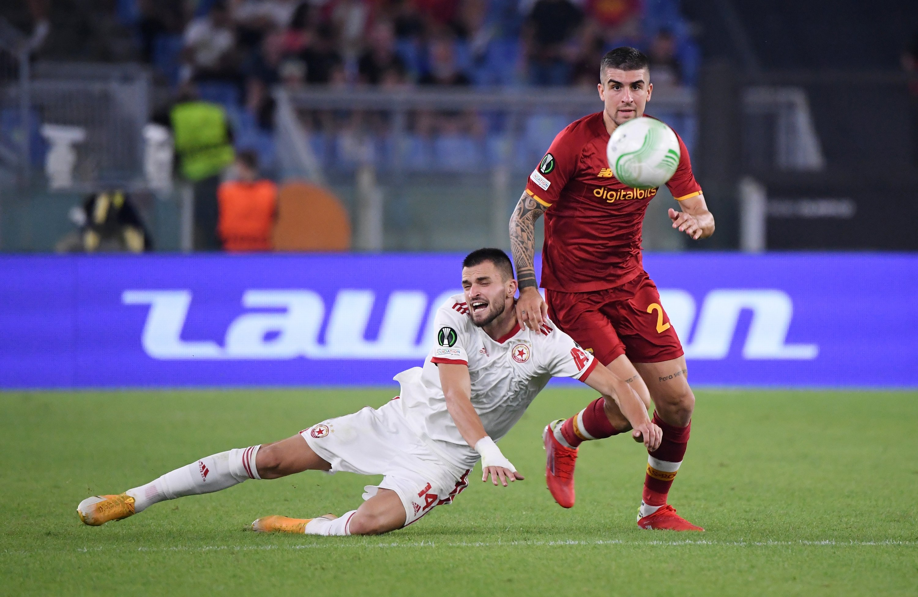 AS Roma's Gianluca Mancini in action with CSKA Sofia's Kaloyan Krastev during a Europa Conference League match at Stadio Olimpico, Rome, Italy, Sept. 16, 2021. (Reuters Photo)