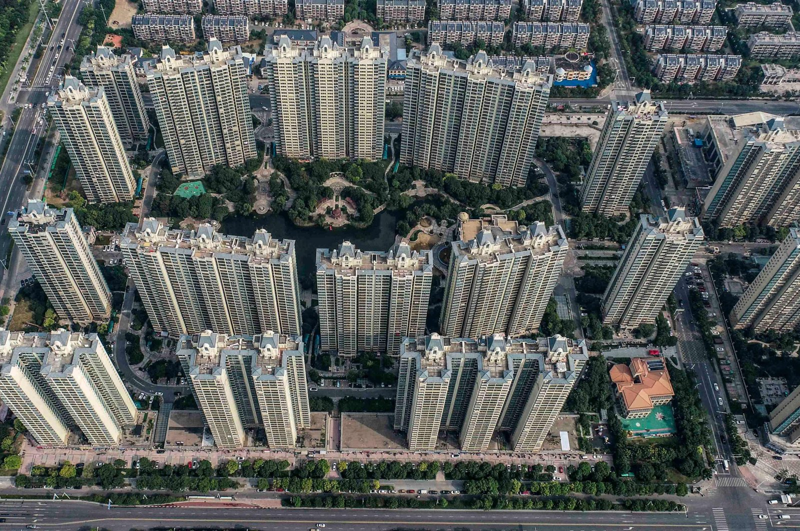This aerial photo shows a housing complex by Chinese property developer Evergrande in Huaian in China's eastern Jiangsu province, on Sept. 17, 2021. (AFP Photo)
