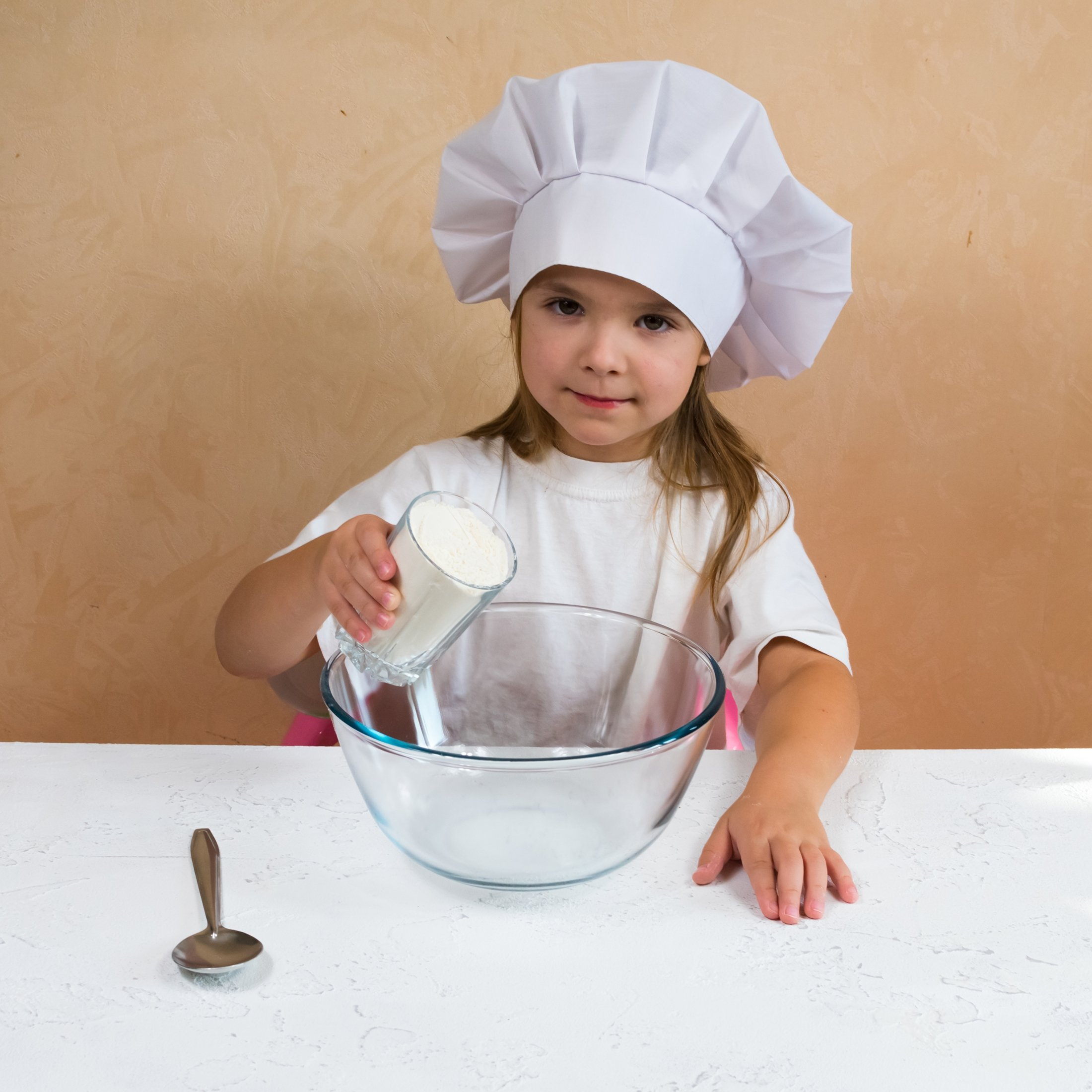 Nothing is more frustrating for an aspiring chef than confusing measurements! (Shutterstock Photo)