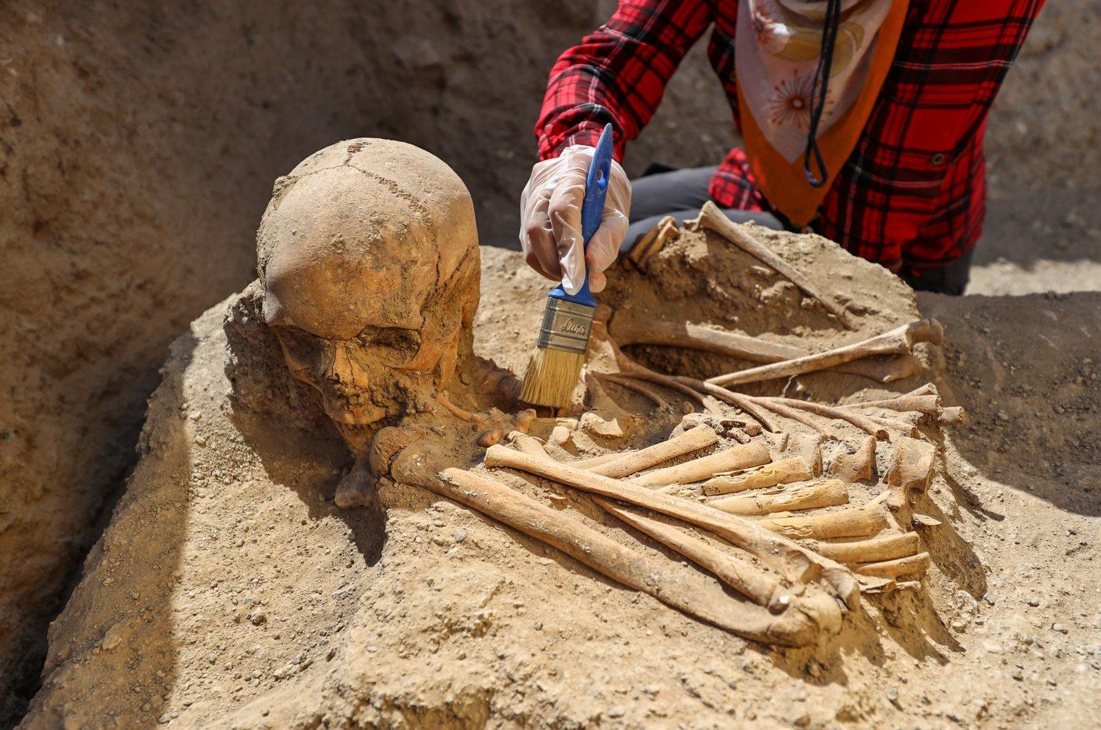 Urartian graves reveal new burial customs in eastern Turkey