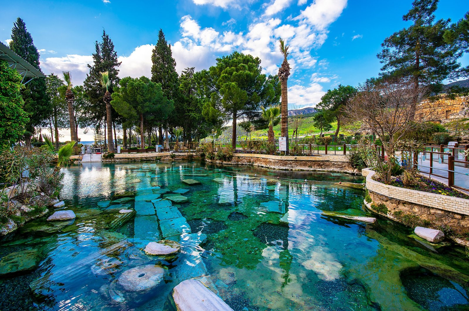 The thermal springs in Pamukkale. (Shutterstock Photo)