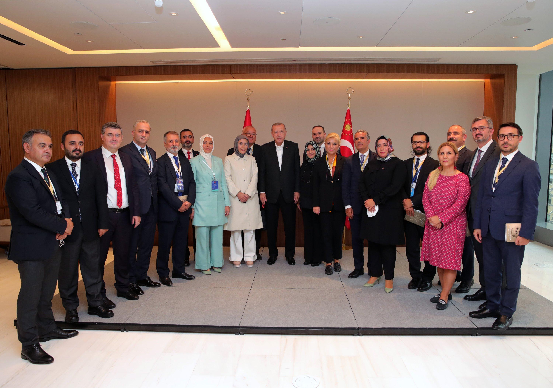 President Recep Tayyip Erdoğan and Turkish media members accompanying him during his visit to New York, U.S., Sept. 23, 2021.