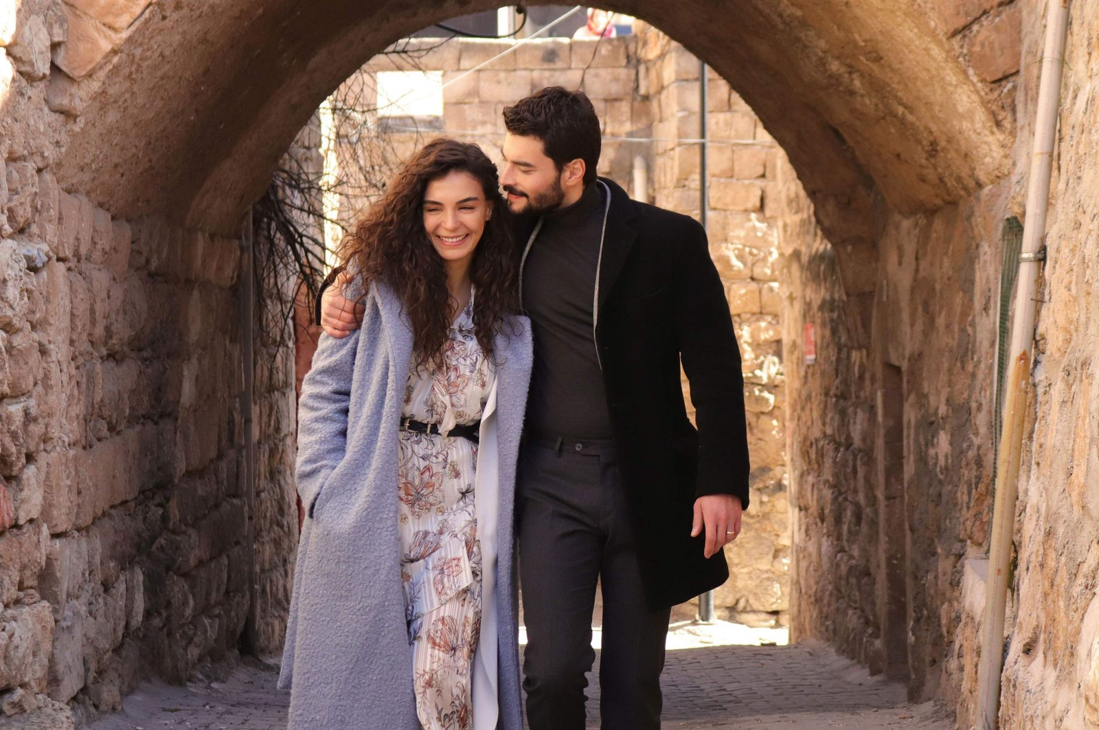 """This still shot shows Ebru Şahin (L) and Akın Akınözü in """"Hercai,"""" originally aired by Turkish broadcaster atv and proved popular in South Asia with its scenes from southeastern Turkey's Mardin."""