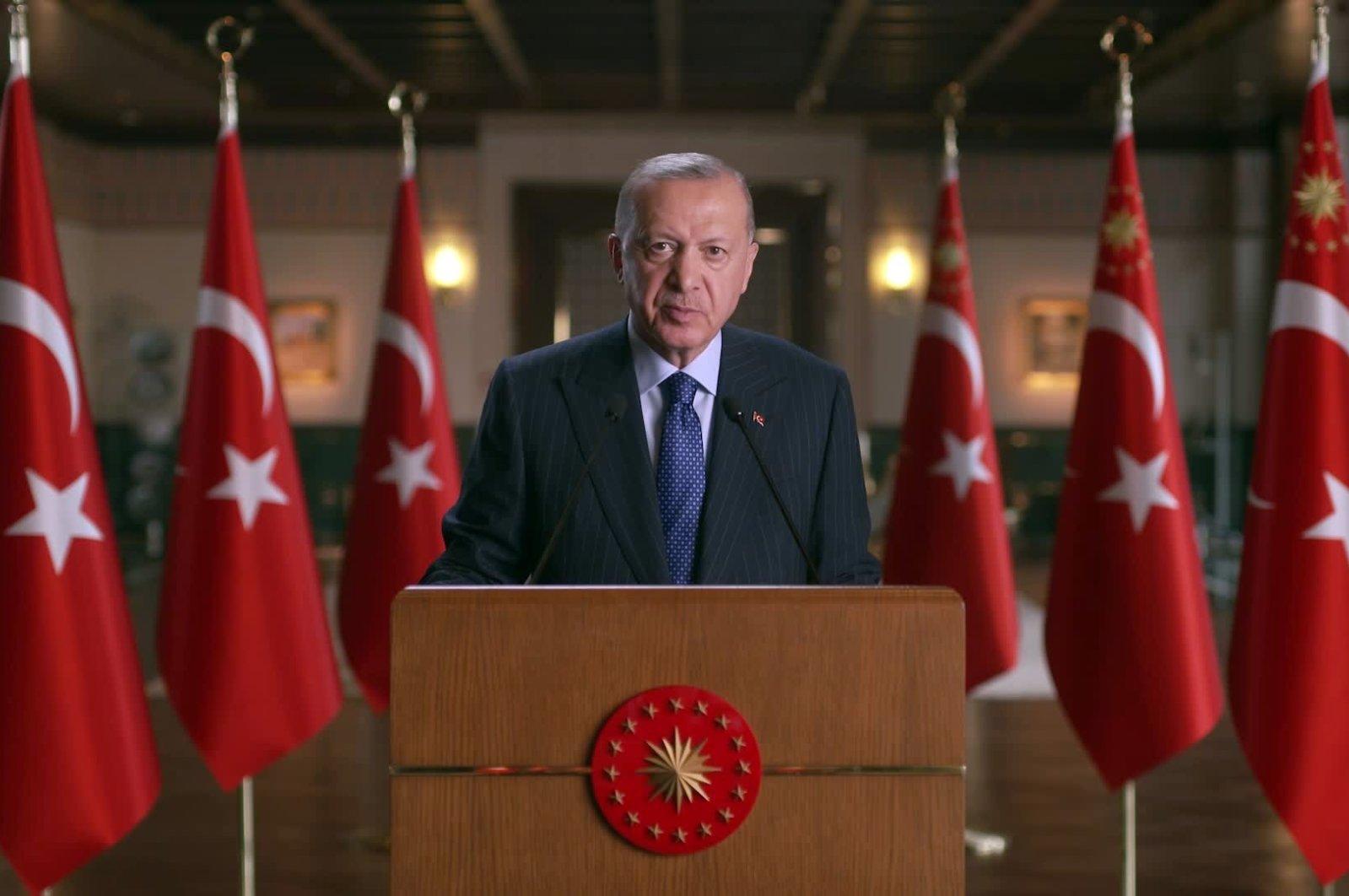 US backs terrorist groups more than expected: Erdoğan