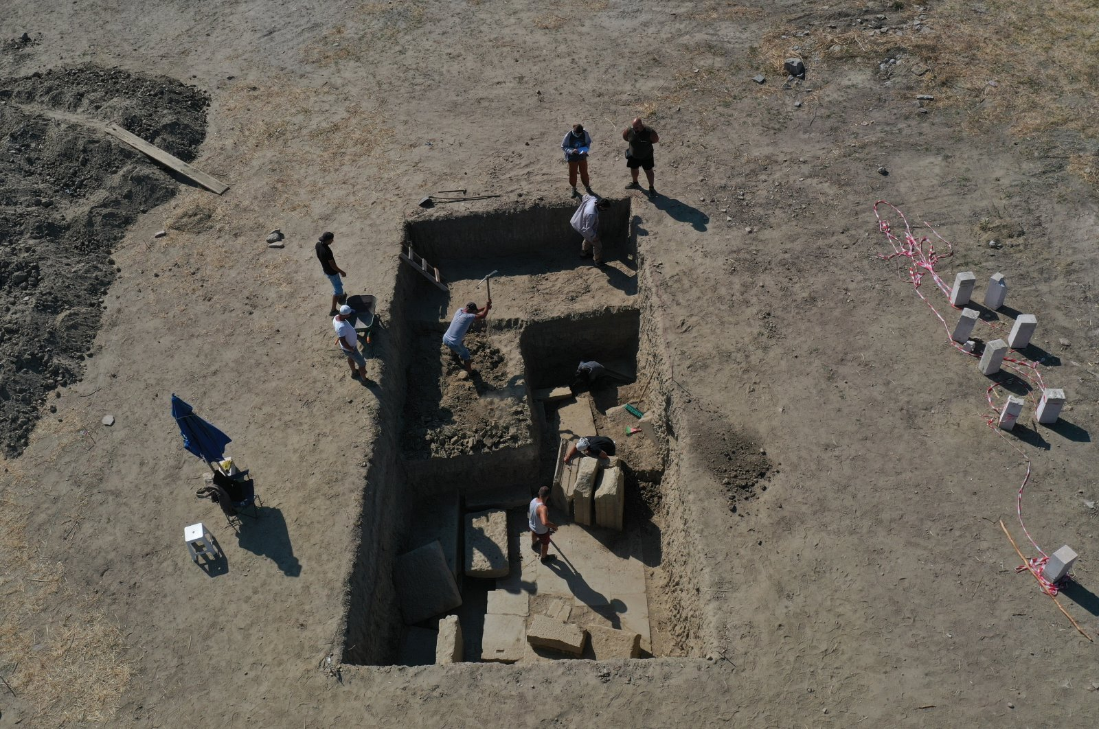 Archaeologists excavate the gate of the ancient Zeus Temple in Aydın, Turkey, Sept. 26, 2021. (AA Photo)
