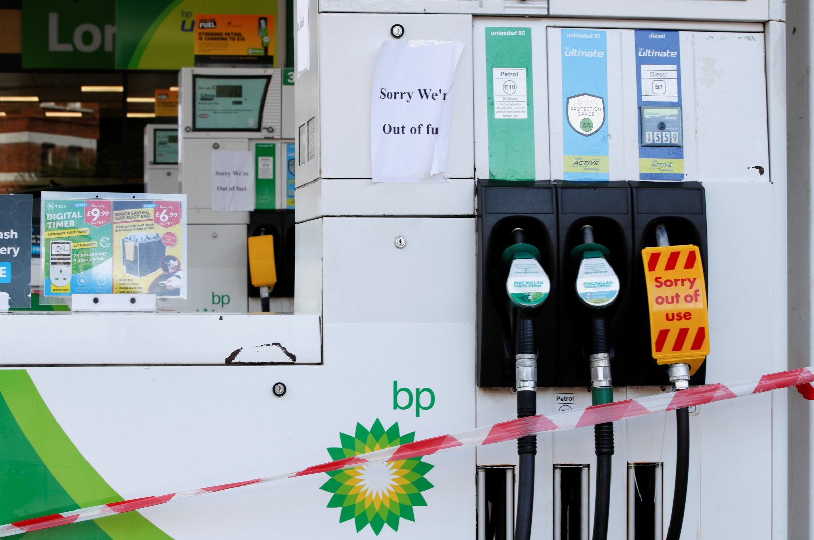 A BP gas station that has ran out of fuel is seen in London, Britain, Sept. 26, 2021. (Reuters Photo)