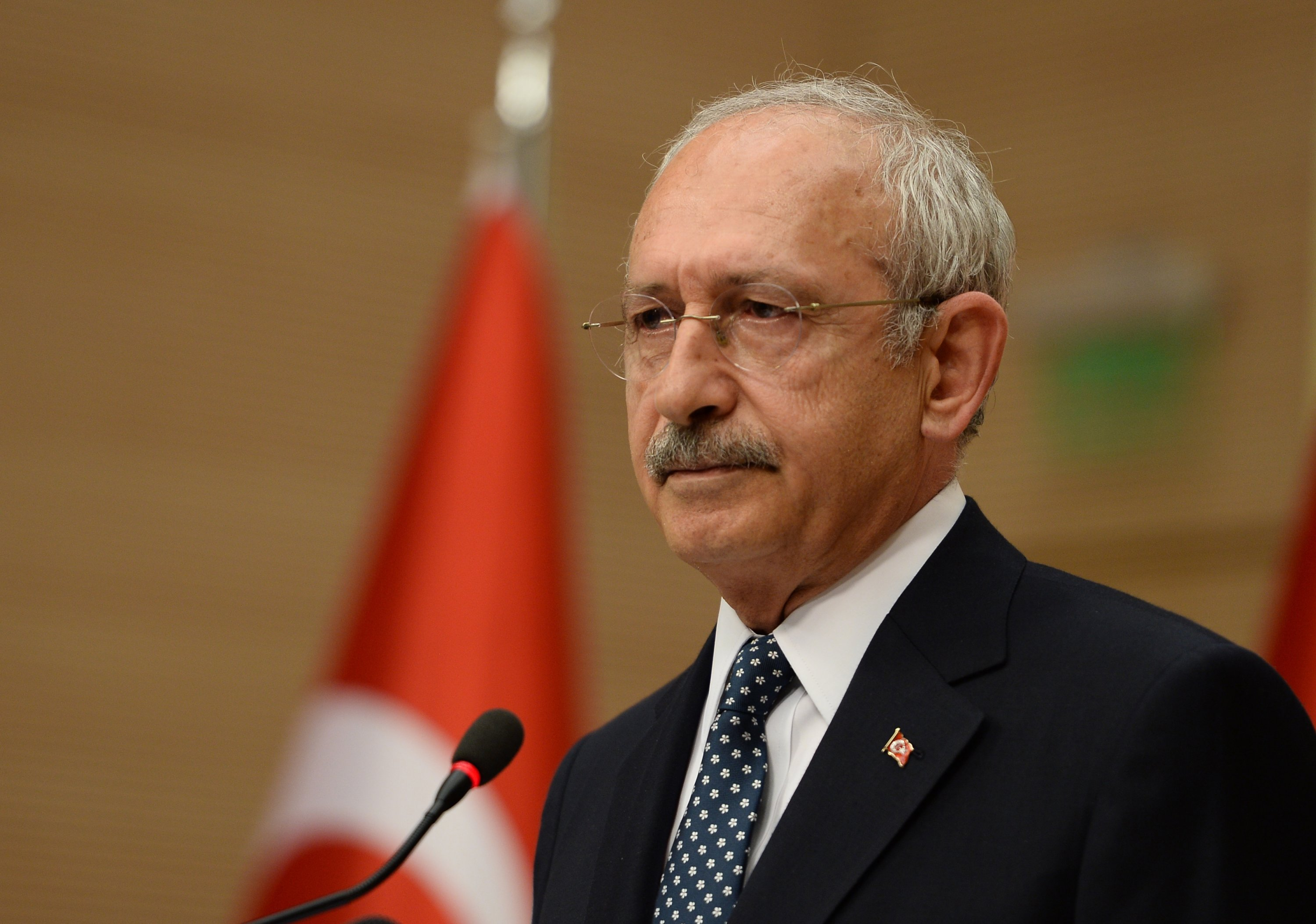 Turkey's main opposition Republican People's Party (CHP) Chairperson Kemal Kılıçdaroğlu speaks during a news conference in Ankara, Turkey, April 16, 2017. (Getty Images Photo)