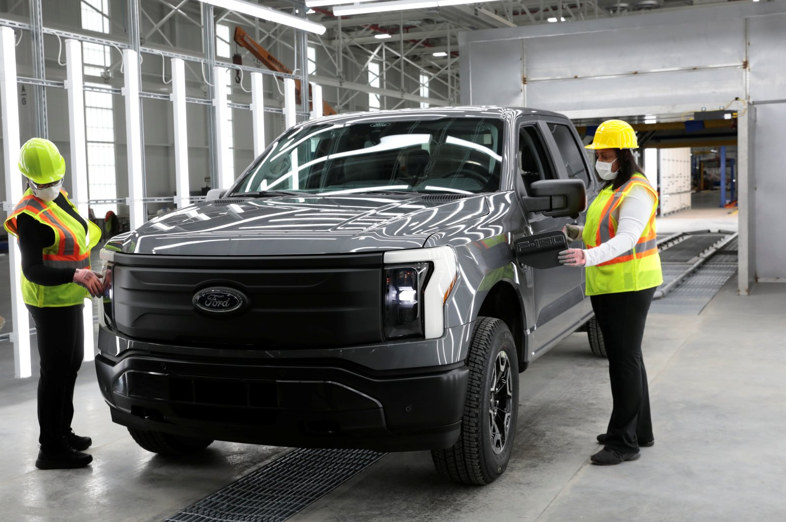 A Ford Motors pre-production all-electric F-150 Lightning truck prototype is seen at the Rouge Electric Vehicle Center in the Rouge Complex in Dearborn, Michigan, U.S., Sept. 16, 2021. (Reuters Photo)