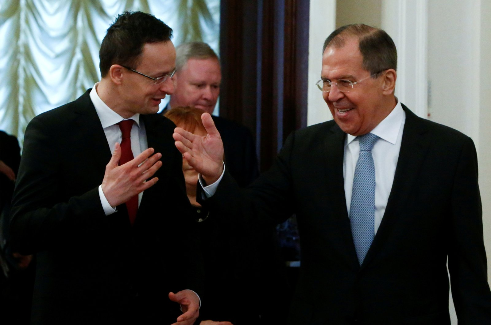 Hungary's Foreign Minister Peter Szijjarto (L) and his Russian counterpartSergei Lavrov enter a hall during their meeting in Moscow, Russia, Jan.23, 2017. (Reuters Photo)
