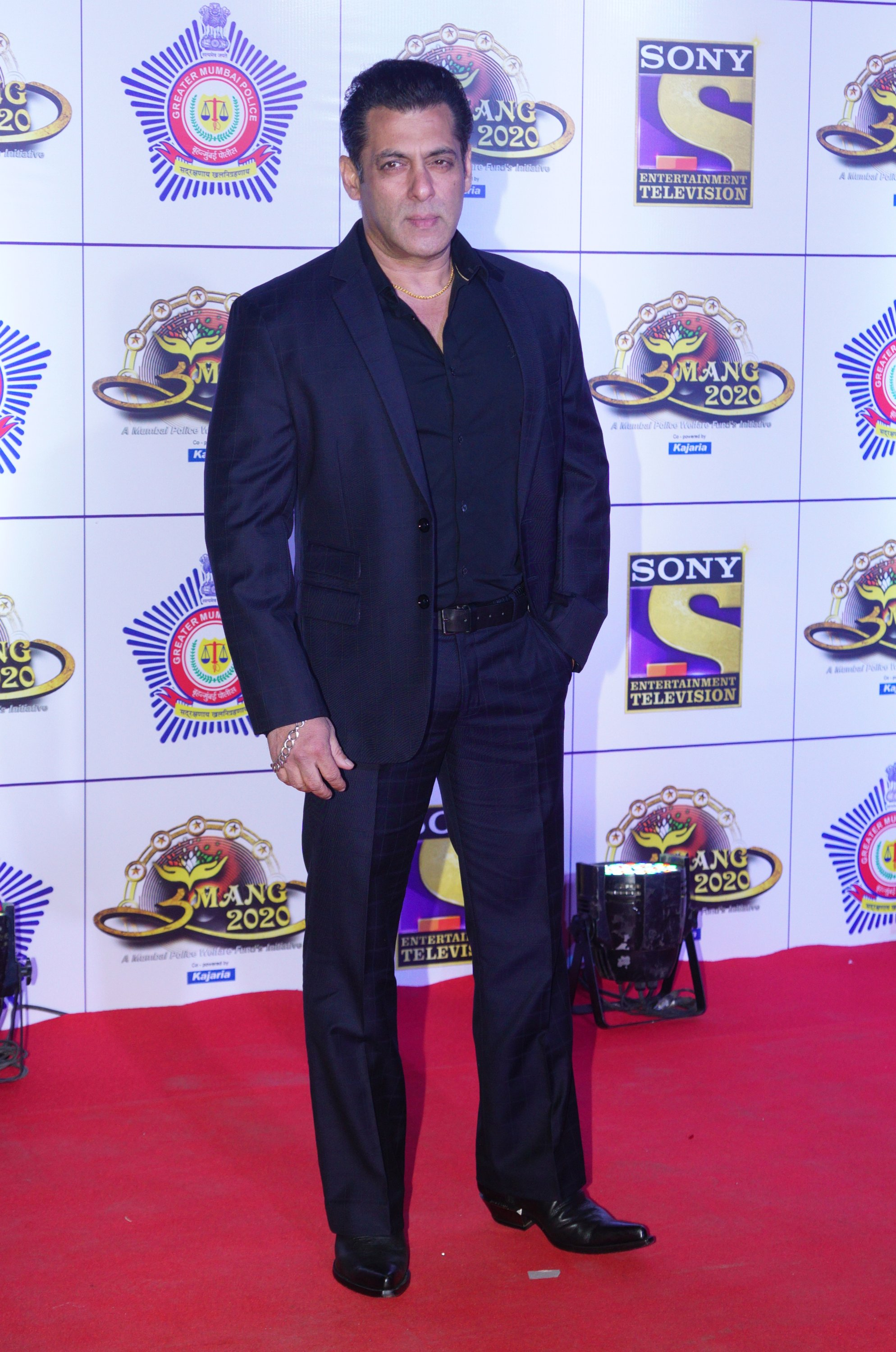 Salman Khan attends the 'Umang 2020' by Mumbai police welfare in Mumbai, India on Jan. 19, 2020. (Getty Images Photo)