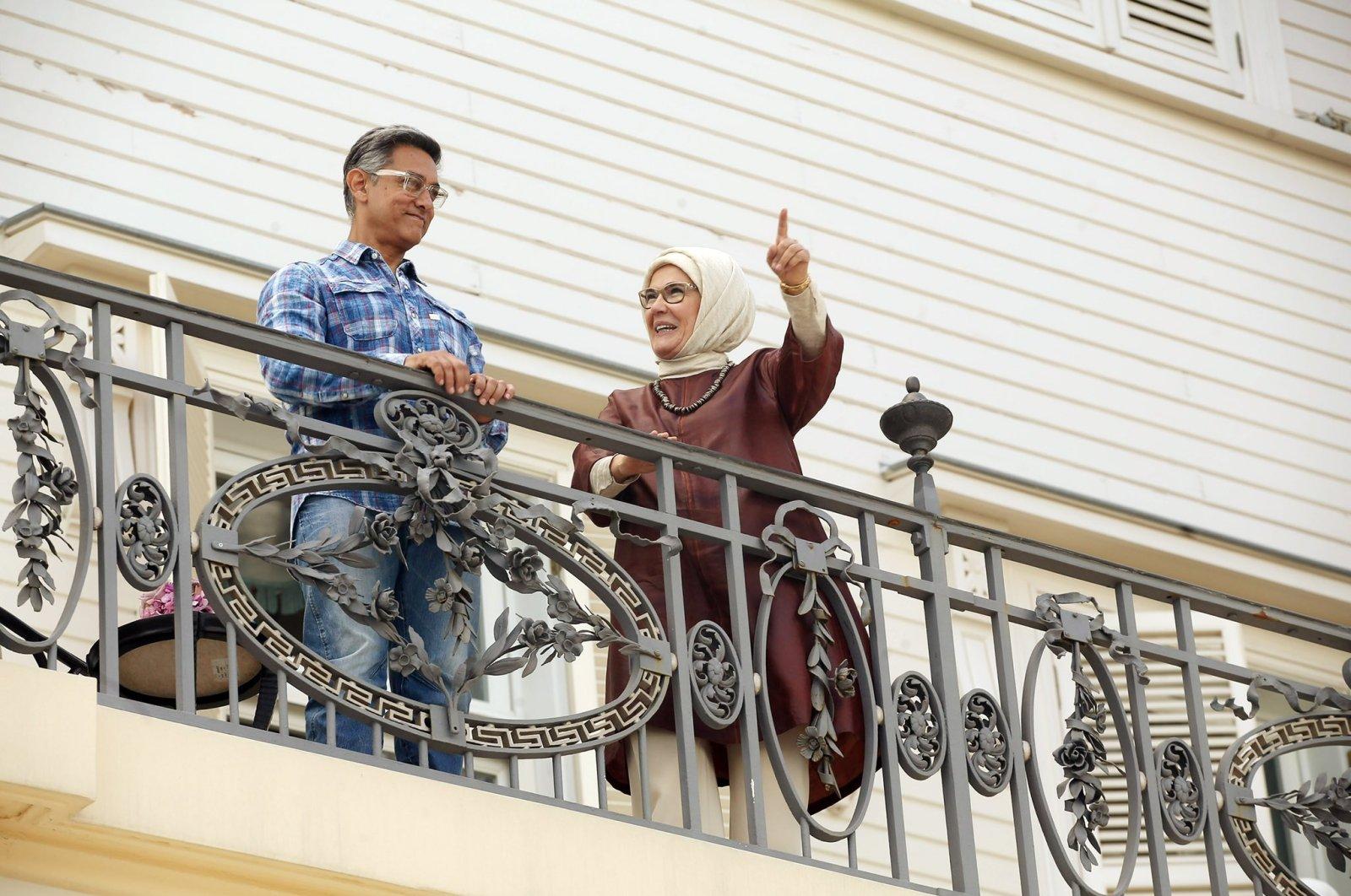 First lady Emine Erdoğan meets Indian actor Aamir Khan during his visit to Turkey, the Turkish Republic Presidential Huber Mansion, Istanbul, Turkey, Aug. 15, 2020. (Photo: Twitter/@EmineErdogan)