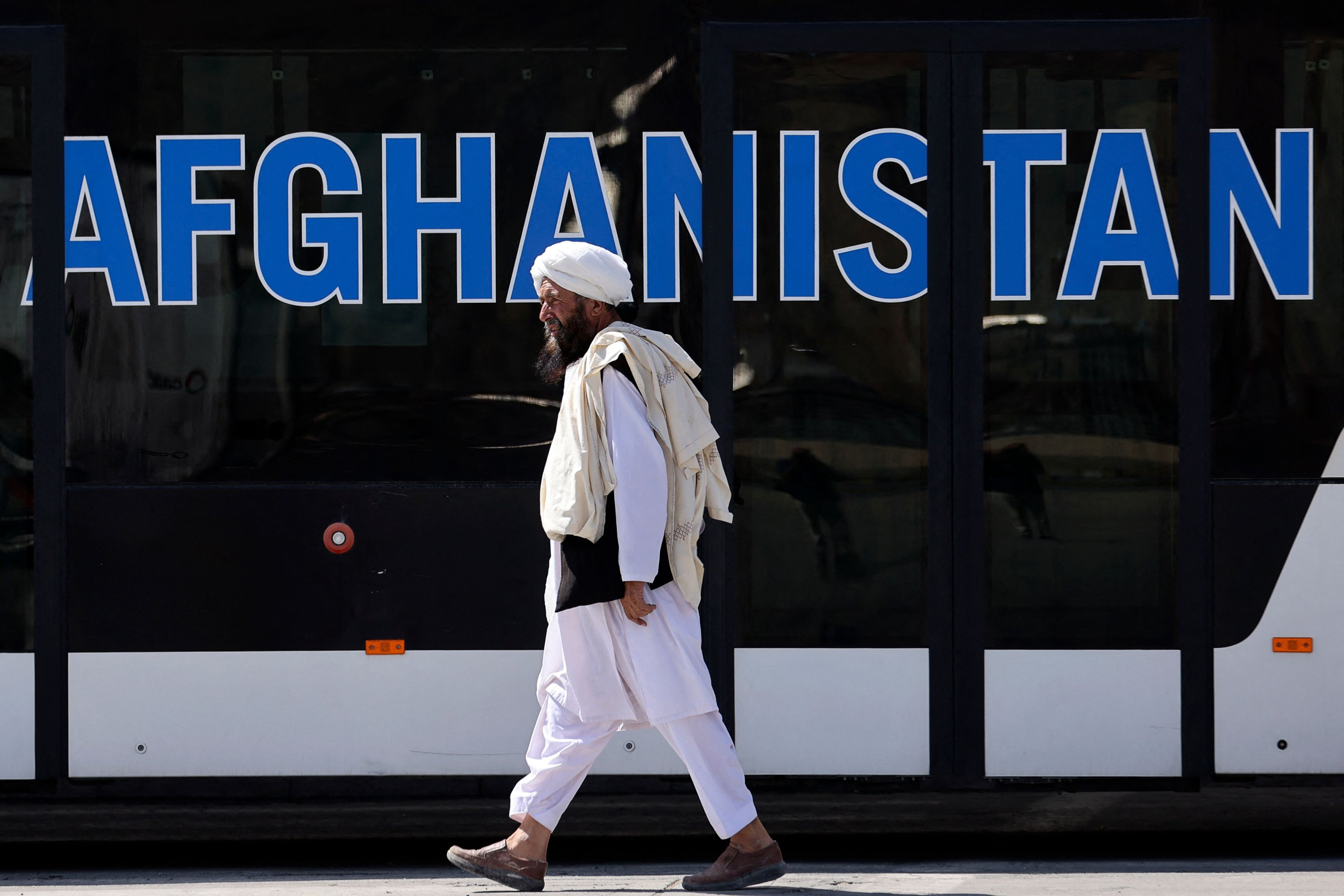 A member of the Taliban walks at the airport in Kabul, Afghanistan, Sept. 13, 2021. (AFP Photo)