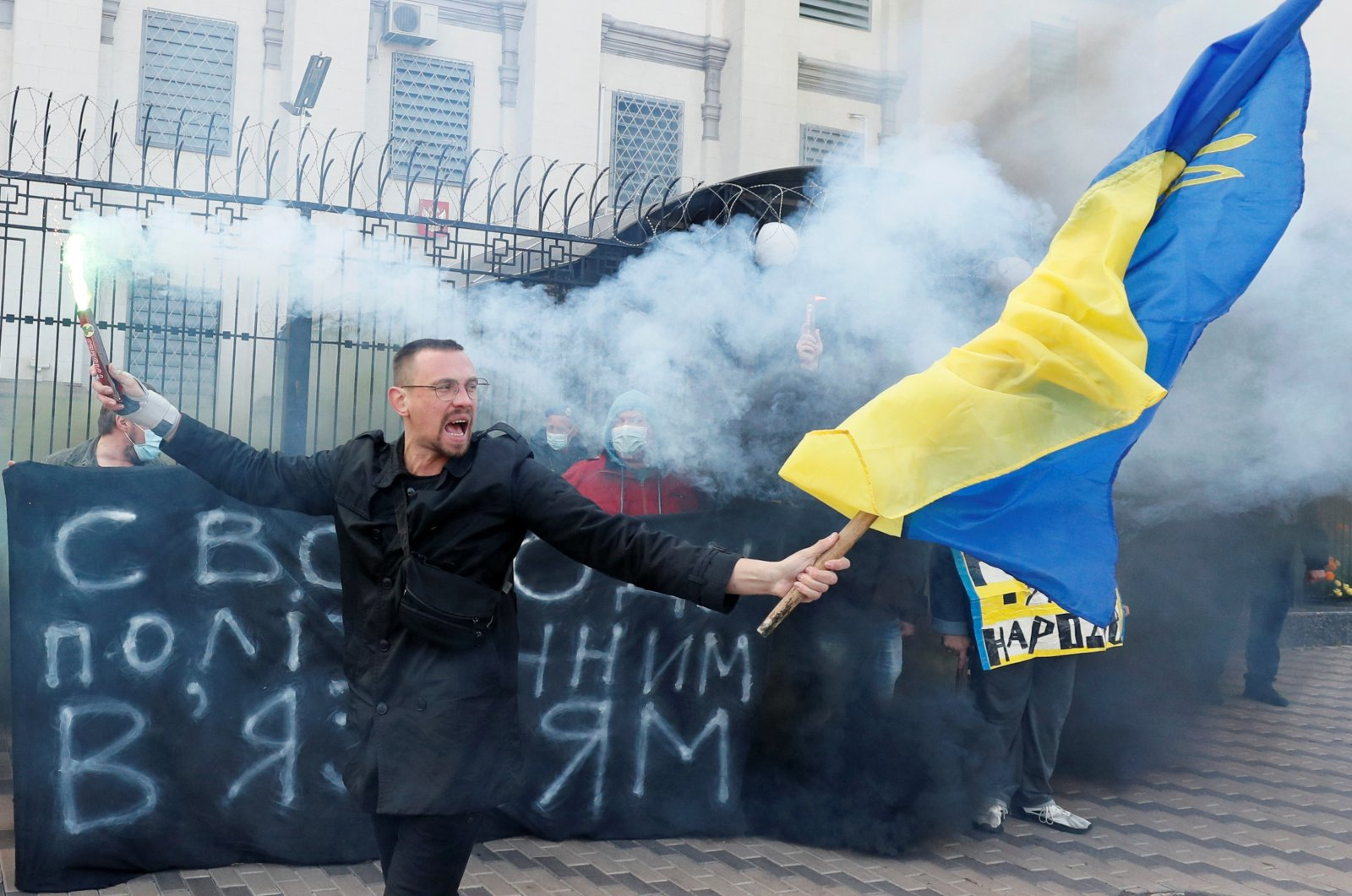 Human rights activists hold a rally in support of Ukrainian prisoners, whose arrests in Russia and Crimea were, according to the organizers, politically motivated, in front of the Russian Embassy in Kyiv, Ukraine, Sept. 29, 2021. (REUTERS Photo)
