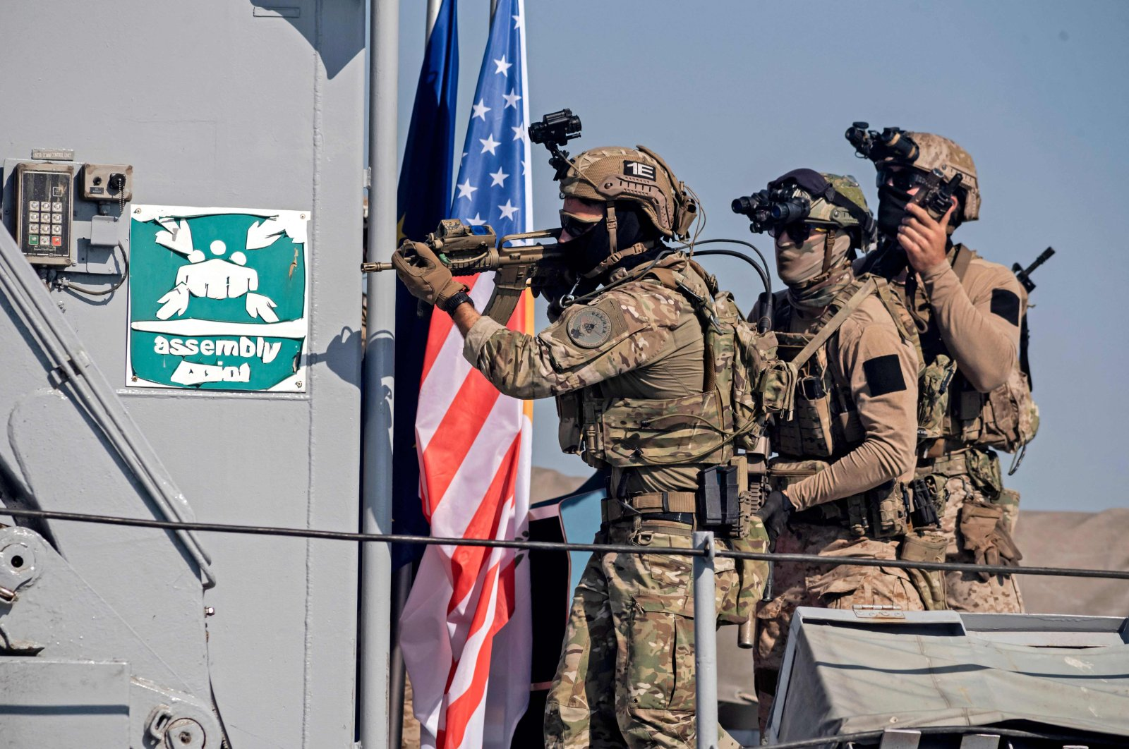 Greek Cypriot Navy special forces and U.S. Navy SEALS take part in a joint rescue exercise in the port of the southern Greek Cypriot port city of Limassol, Greek Cyprus, Sept. 10, 2021. (AFP Photo)